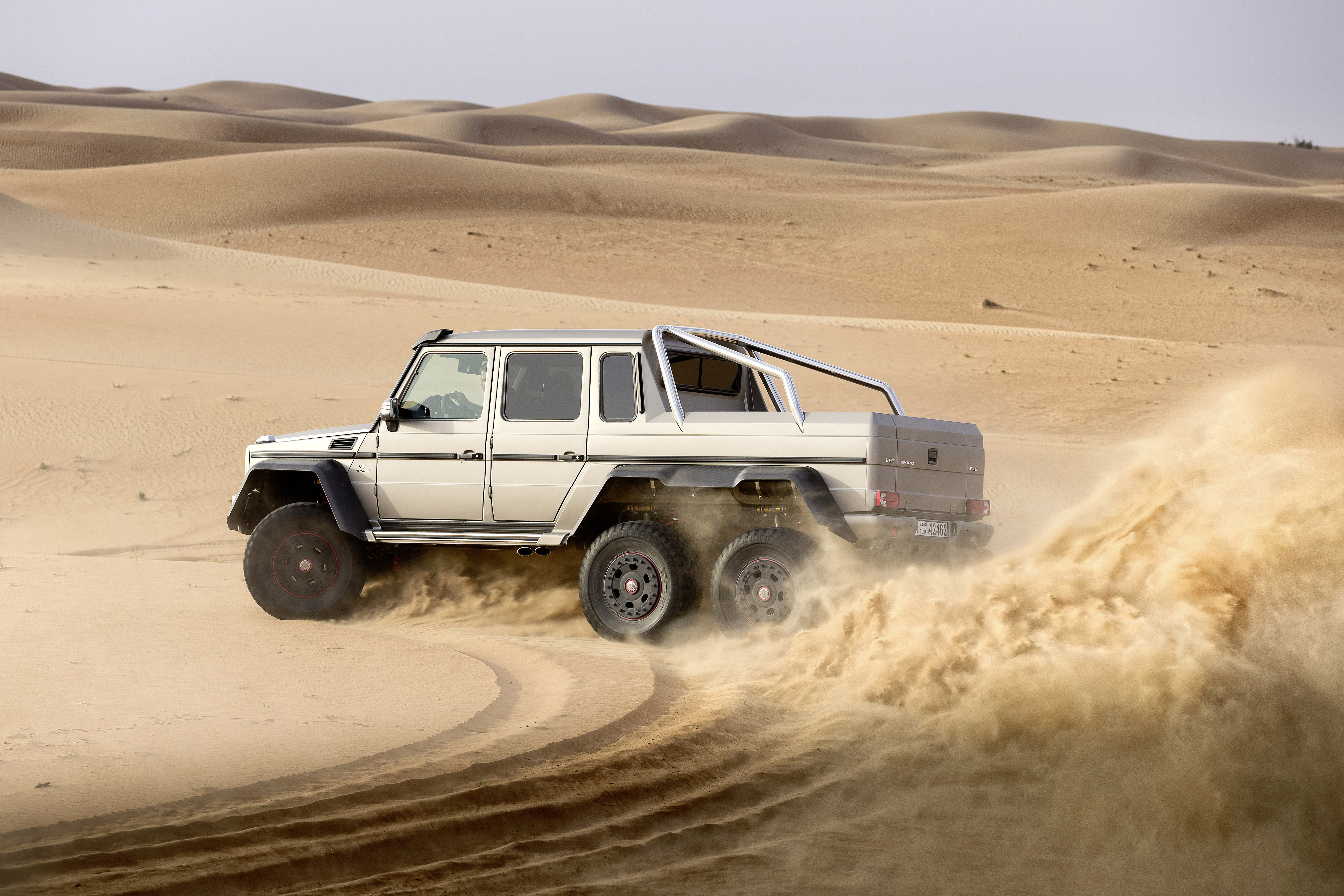 mercedes benz g 63 amg 6x6 near series show vehicle picture 82897. Black Bedroom Furniture Sets. Home Design Ideas