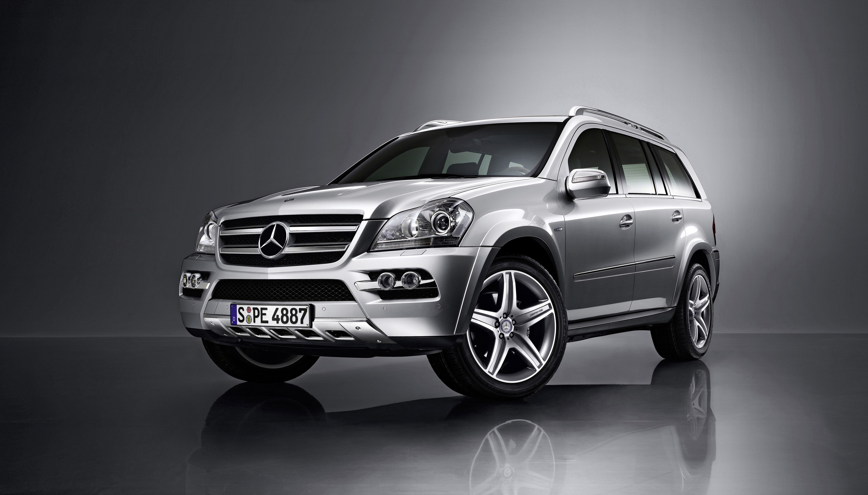 Image gallery 2009 suv for Mercedes benz suv 2009 price
