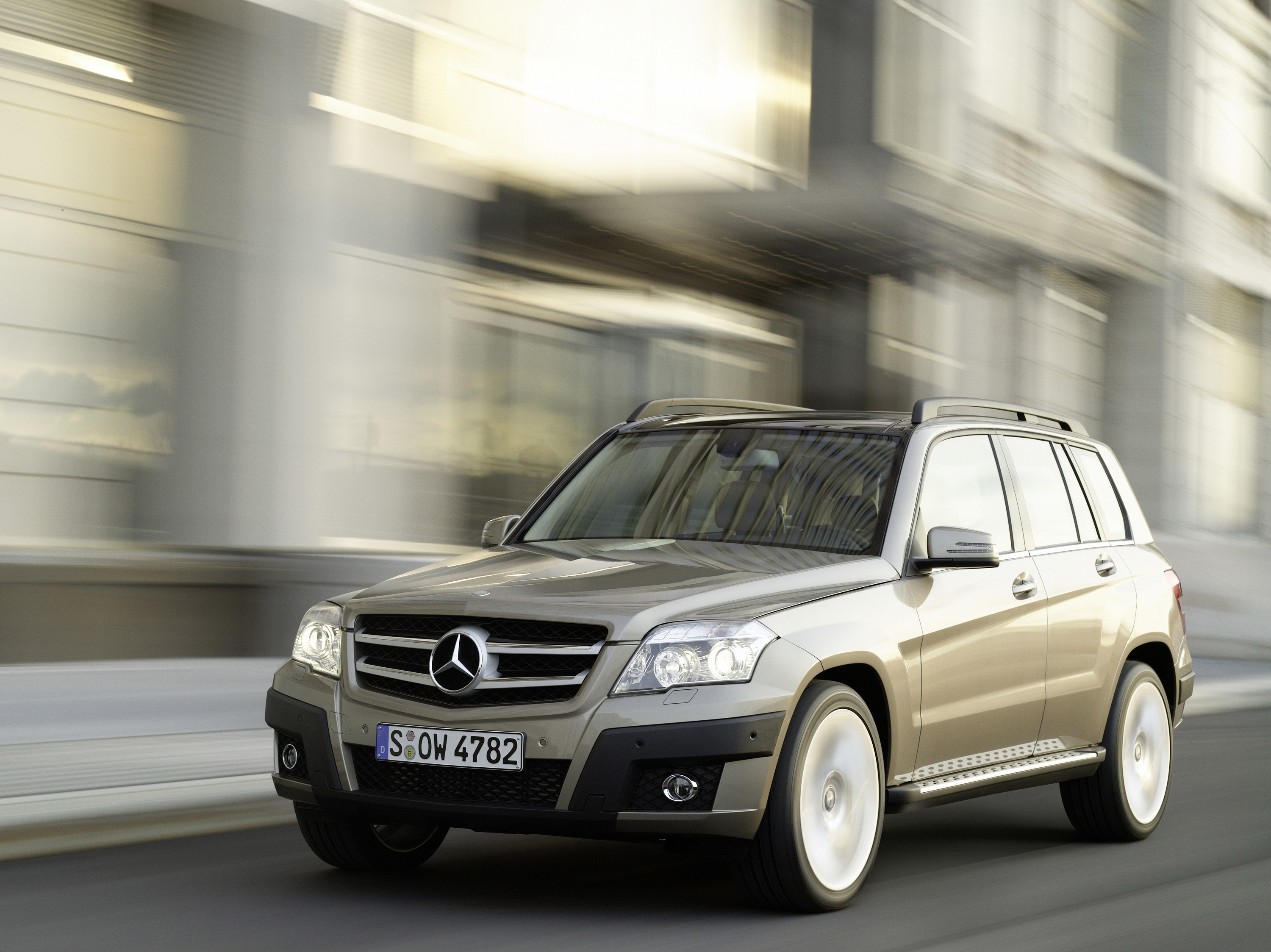Compact model with genuine character the new mercedes for Small mercedes benz