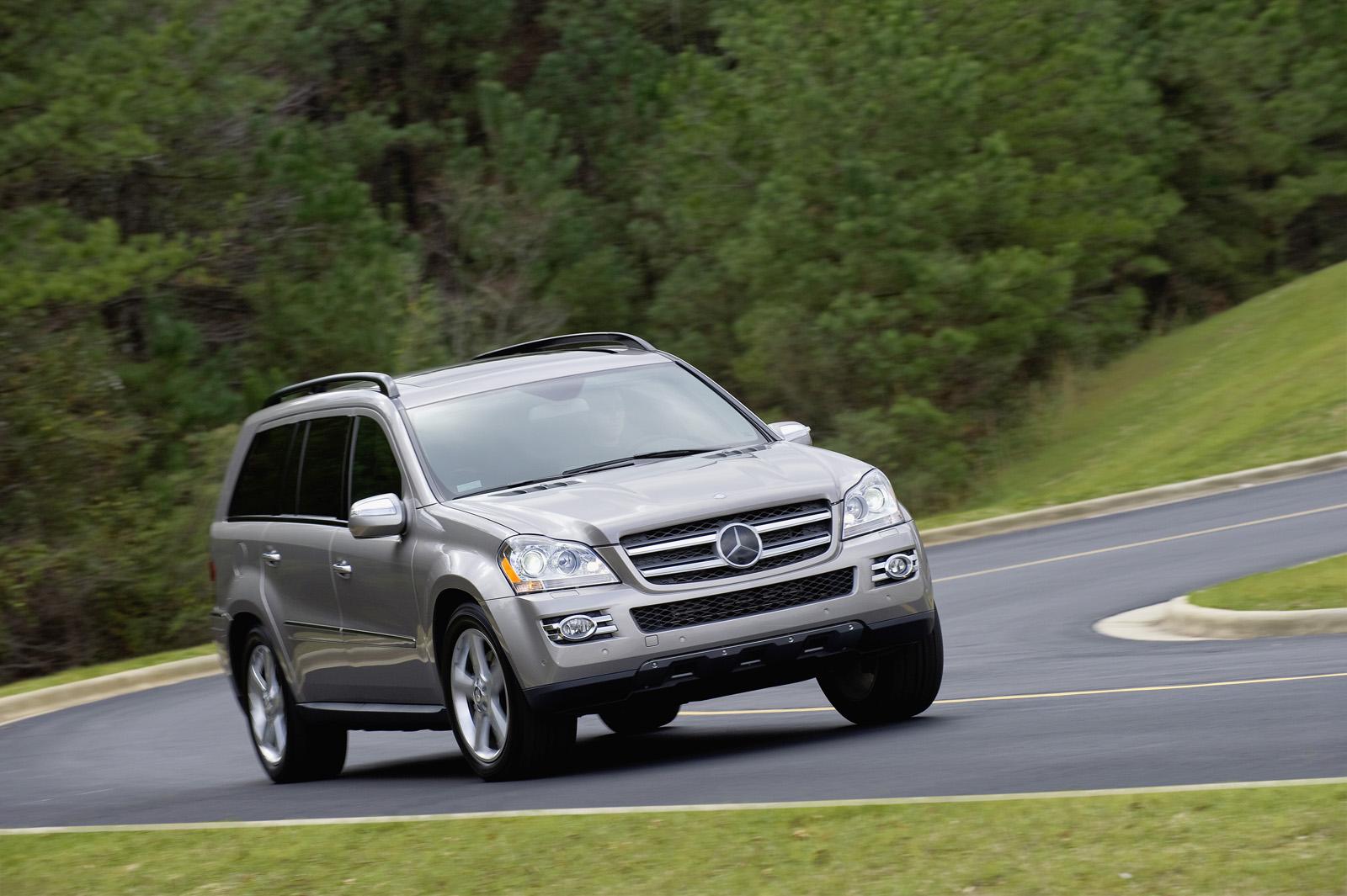 R 320 bluetec ml 320 bluetec and gl 320 bluetec the for Mercedes benz gl bluetec review