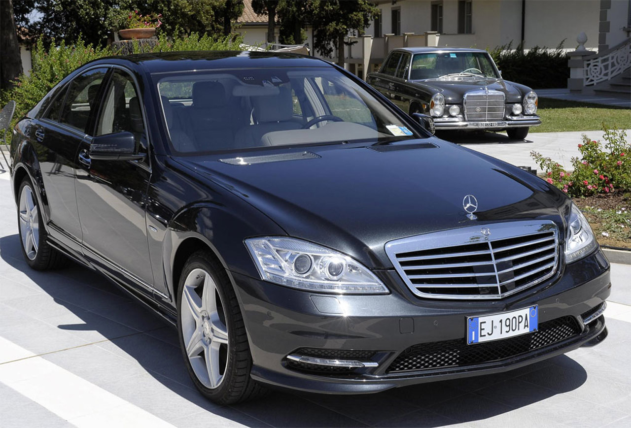 mercedes benz s class grand edition w221. Black Bedroom Furniture Sets. Home Design Ideas