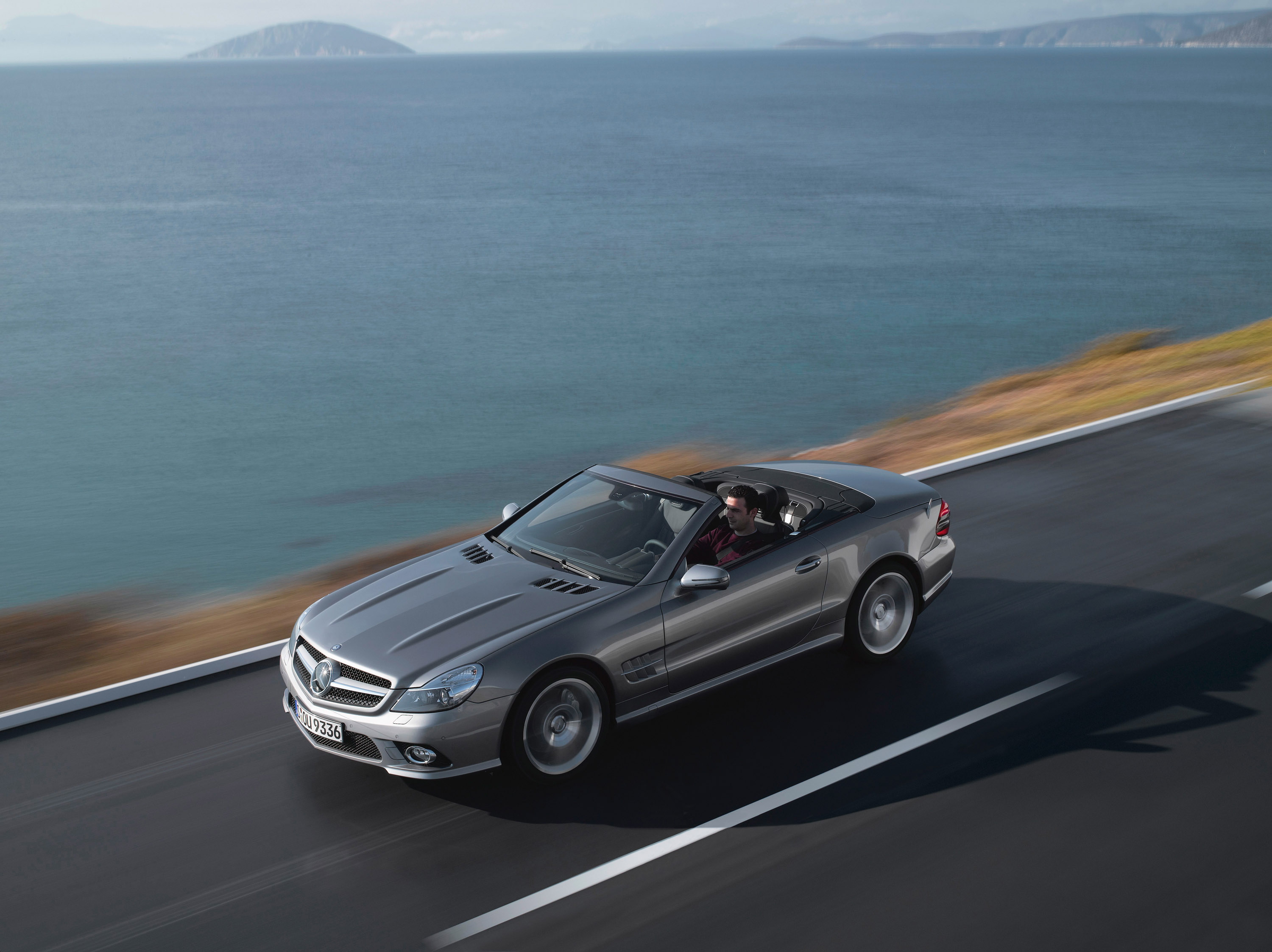 Internet auto award 2008 the mercedes benz sl is europe s for Mercedes benz europe