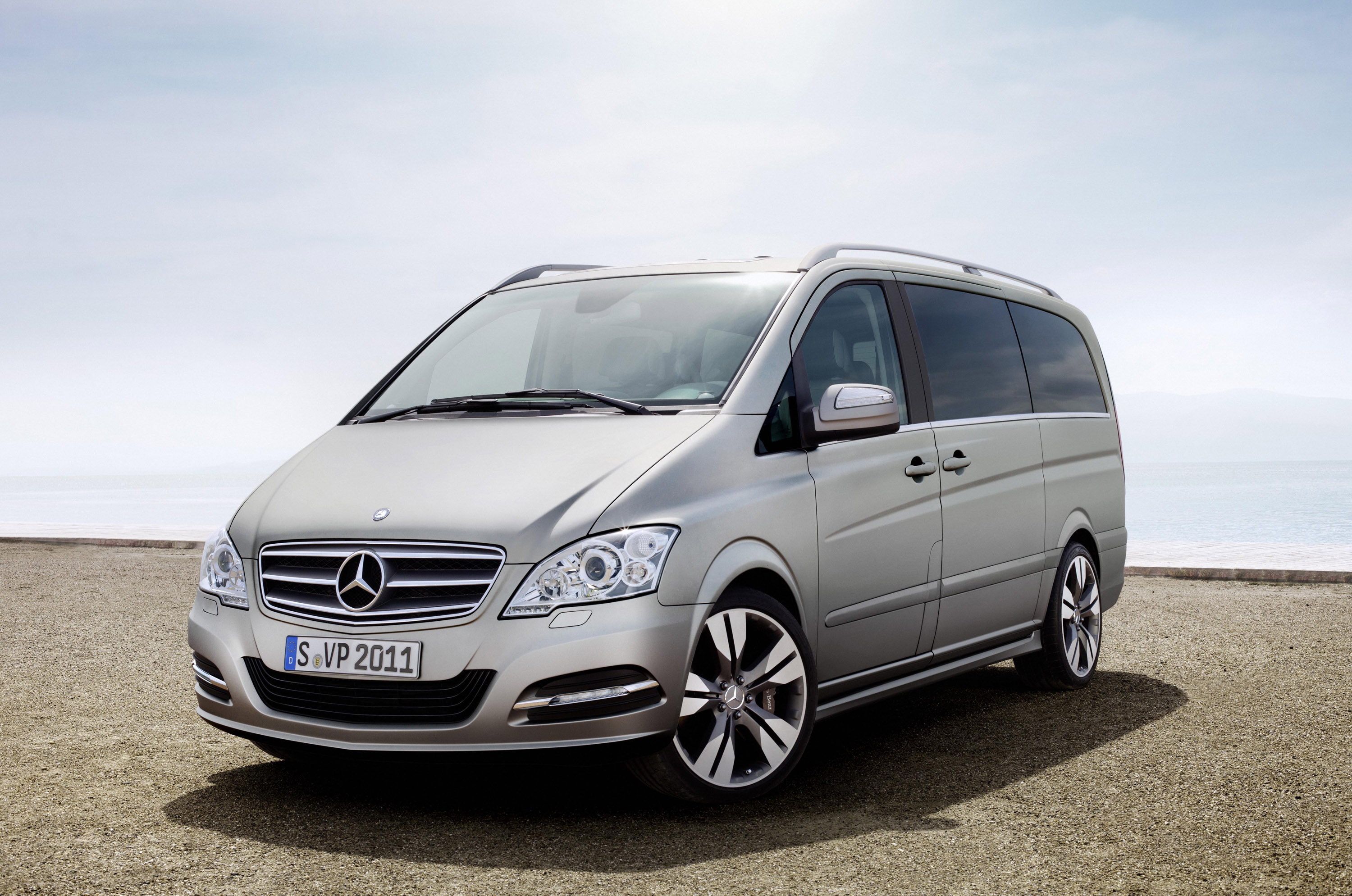 Mercedes benz viano vision pearl concept for Mercedes benz vision