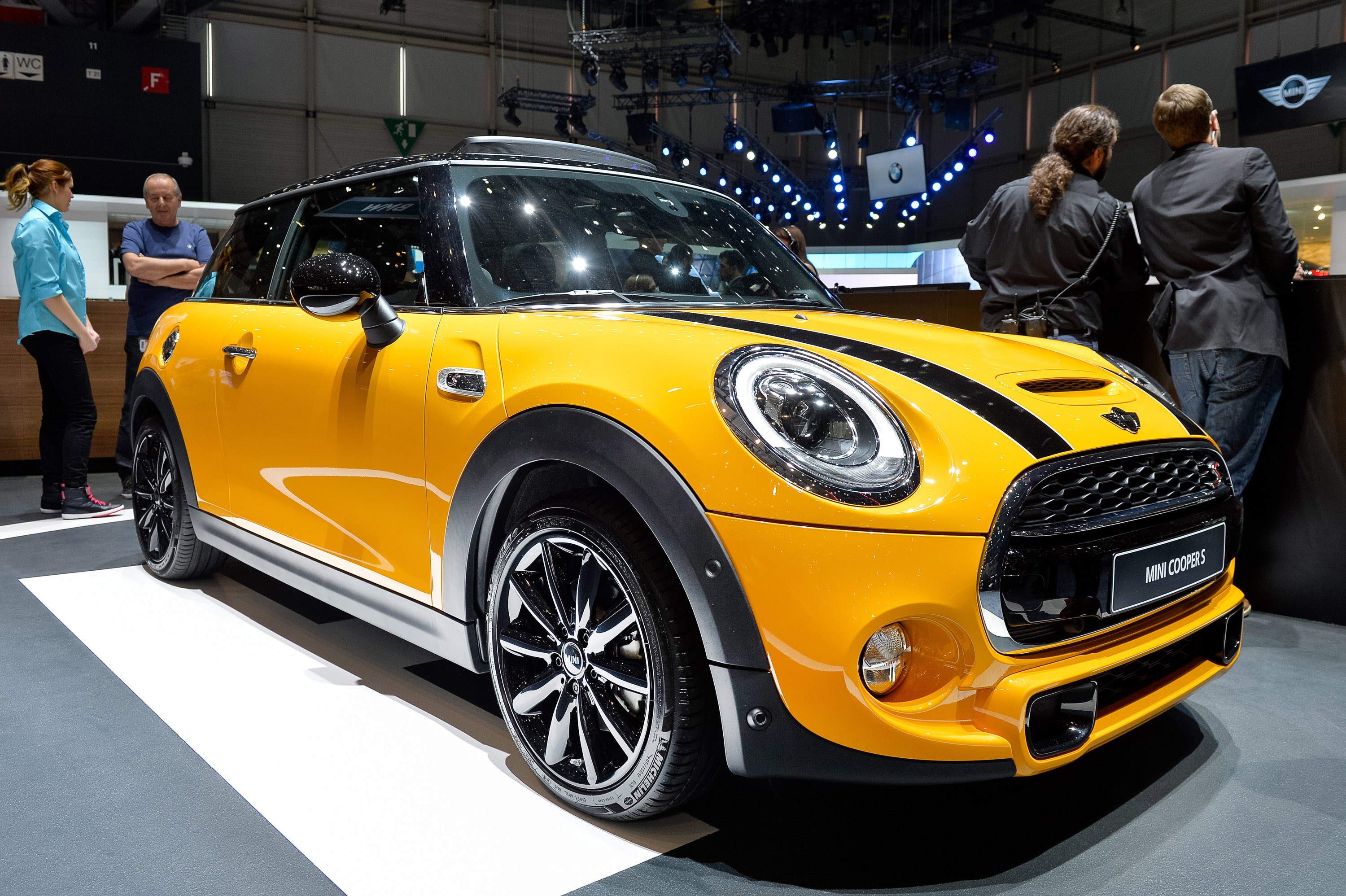 mini cooper  geneva  picture