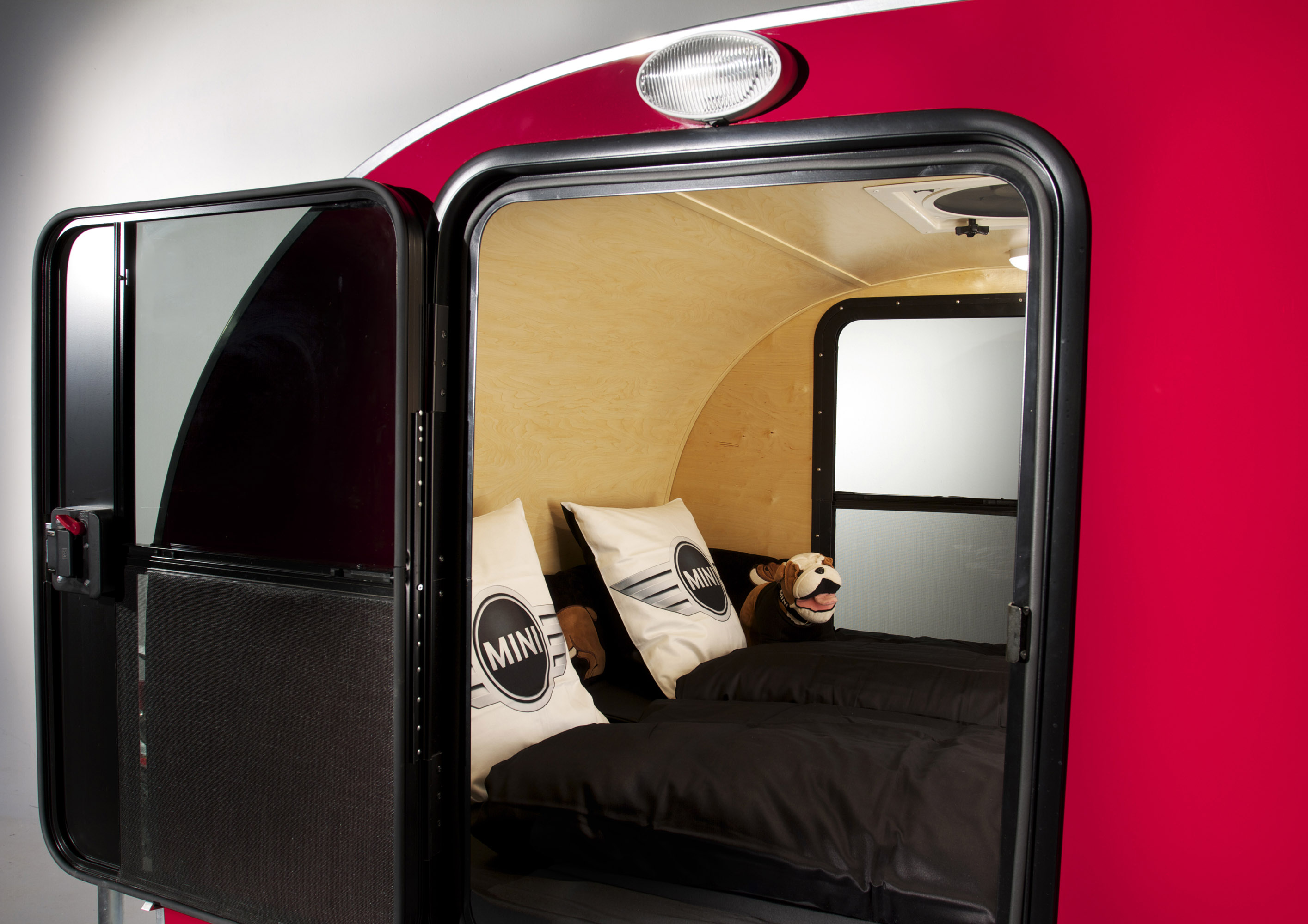 mini goes camping with mini cowley caravan and mini. Black Bedroom Furniture Sets. Home Design Ideas