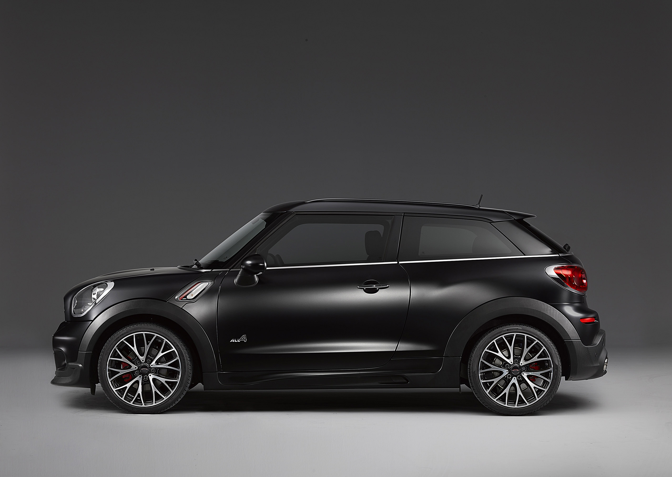 mini john cooper works paceman with frozen black metallic. Black Bedroom Furniture Sets. Home Design Ideas
