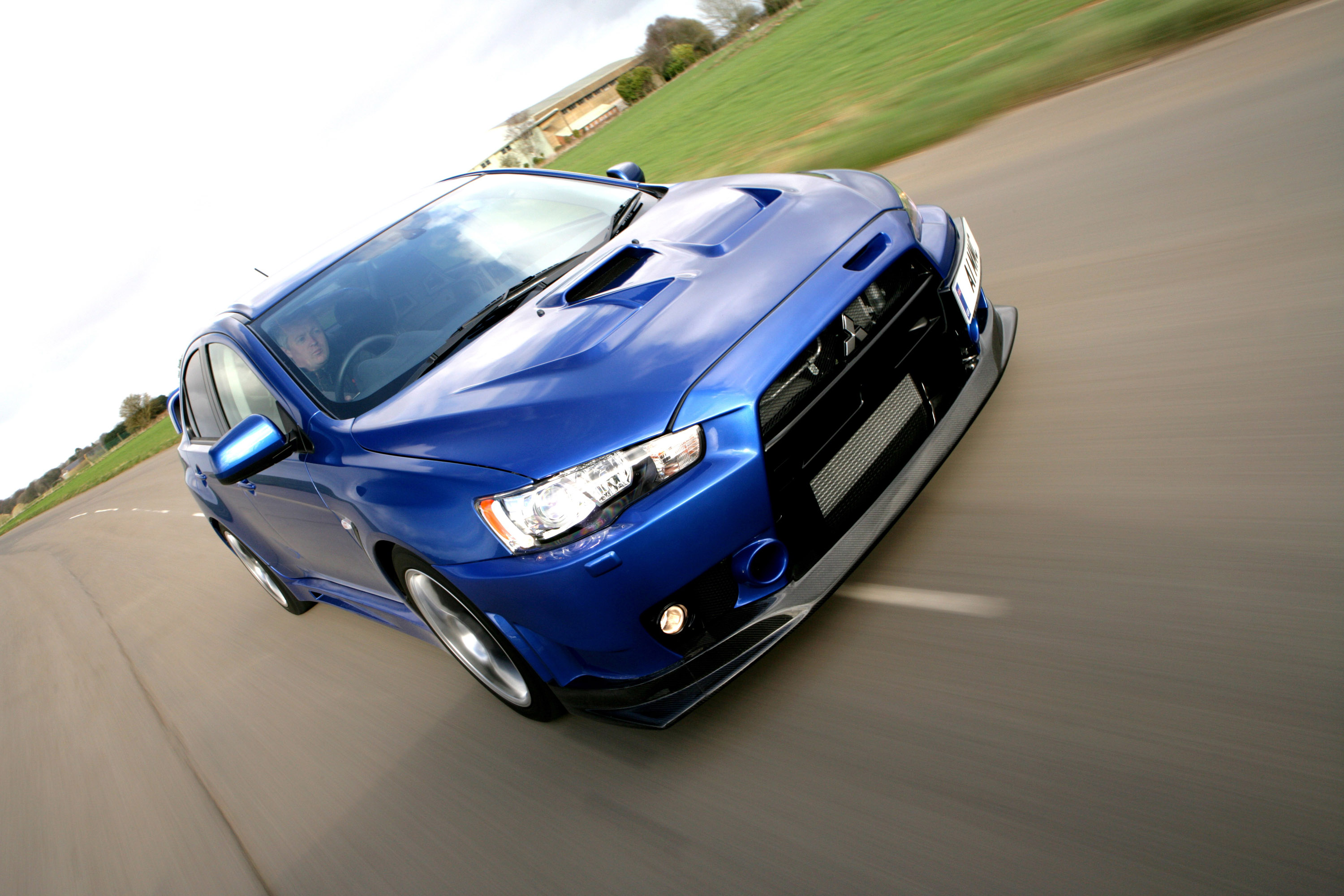 Mitsubishi Lancer Evolution X Fq 400 Picture 21101