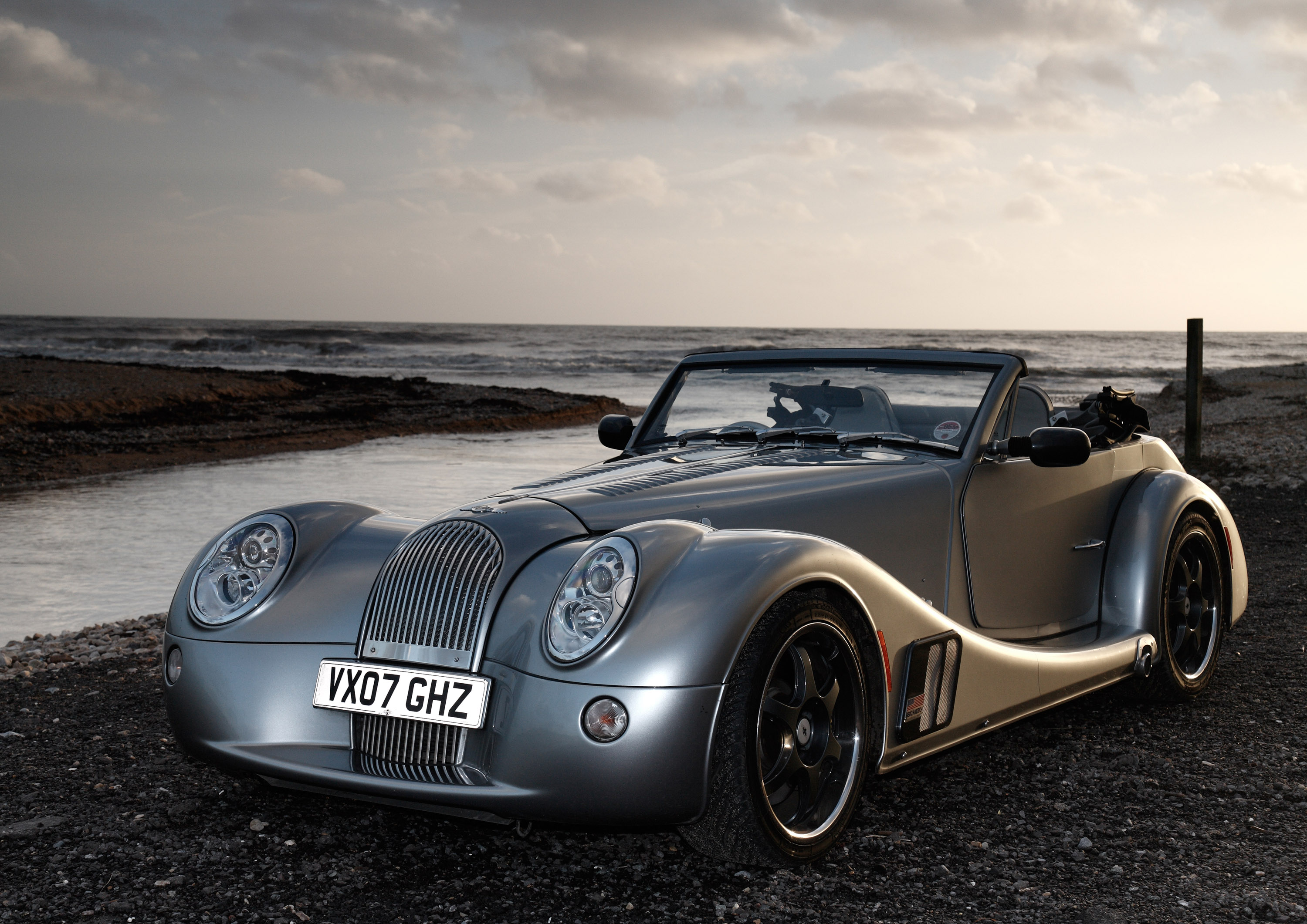 Morgan aero 8 48 litre morgan aero 8 vanachro Images