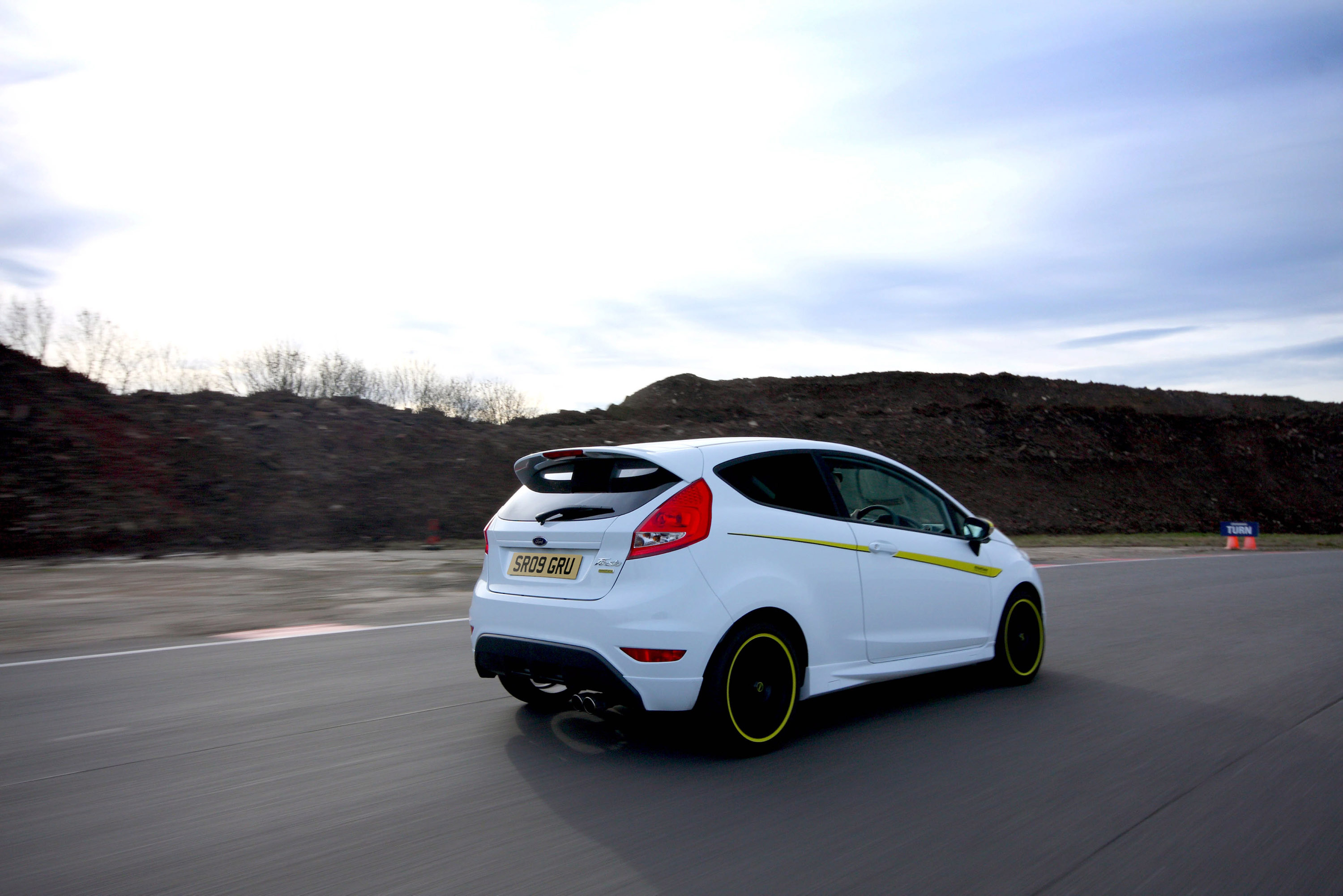 mountune performance offers  power  ford fiesta