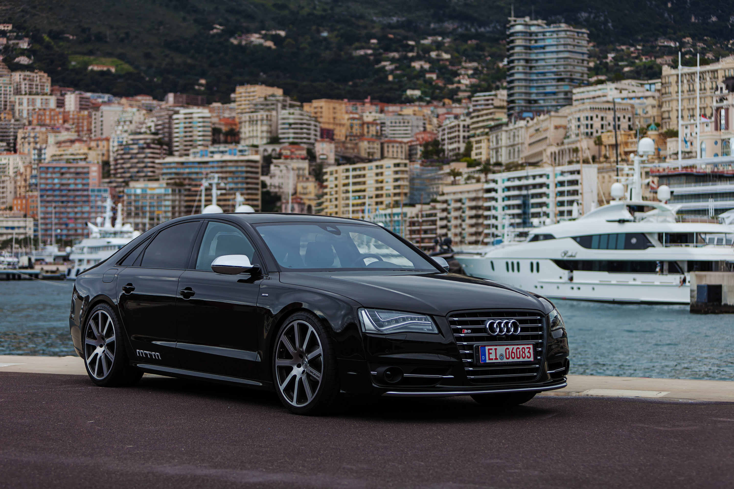 MTM Audi S8 Talledega - Photo Gallery | Car and Driver