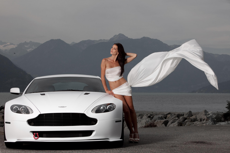 Фото девушки и автомобили 25 фотография