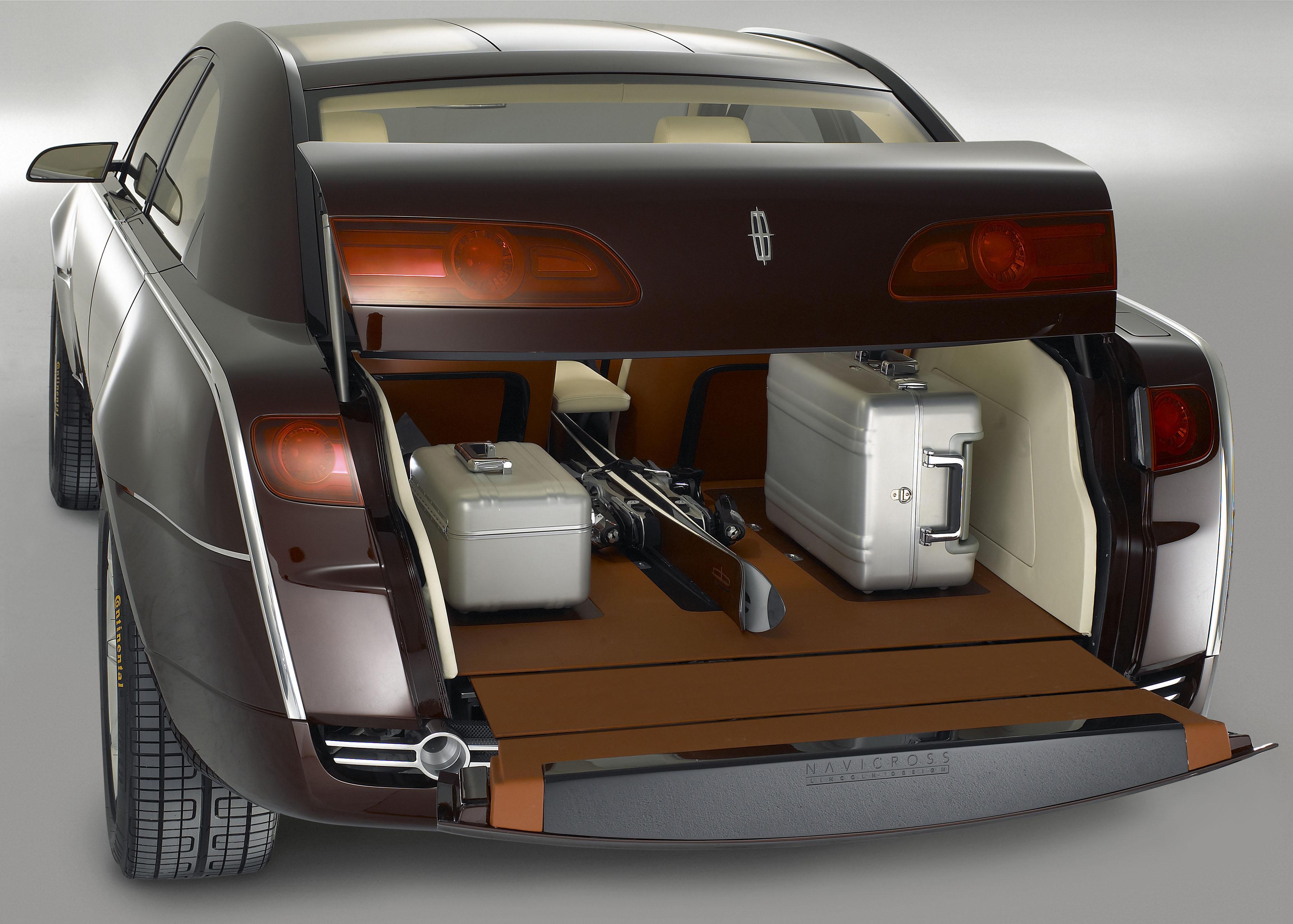 https://www.automobilesreview.com/gallery/navicross-concept/lincoln-navicross-concept-17.jpg