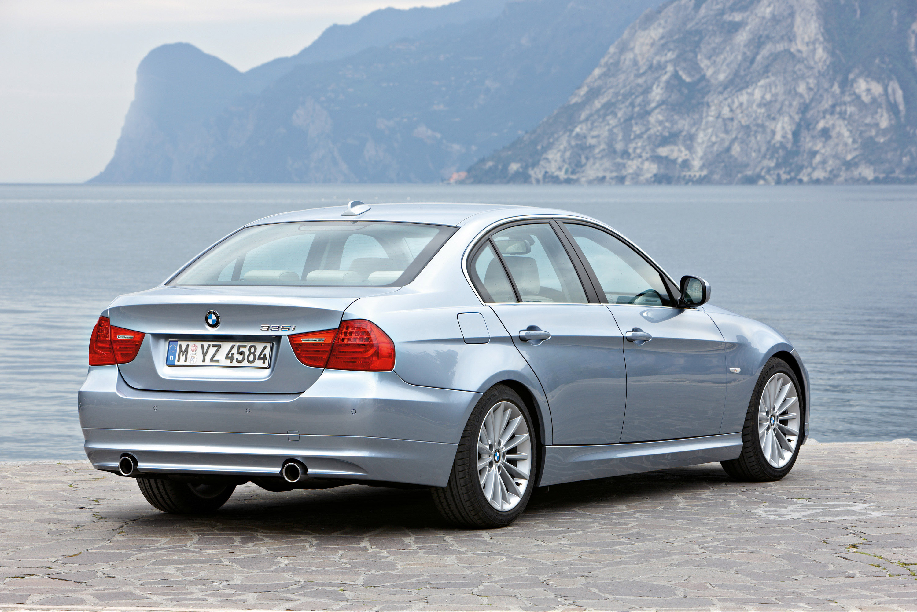 bmw 3 series voted most reliable car in the uk. Black Bedroom Furniture Sets. Home Design Ideas