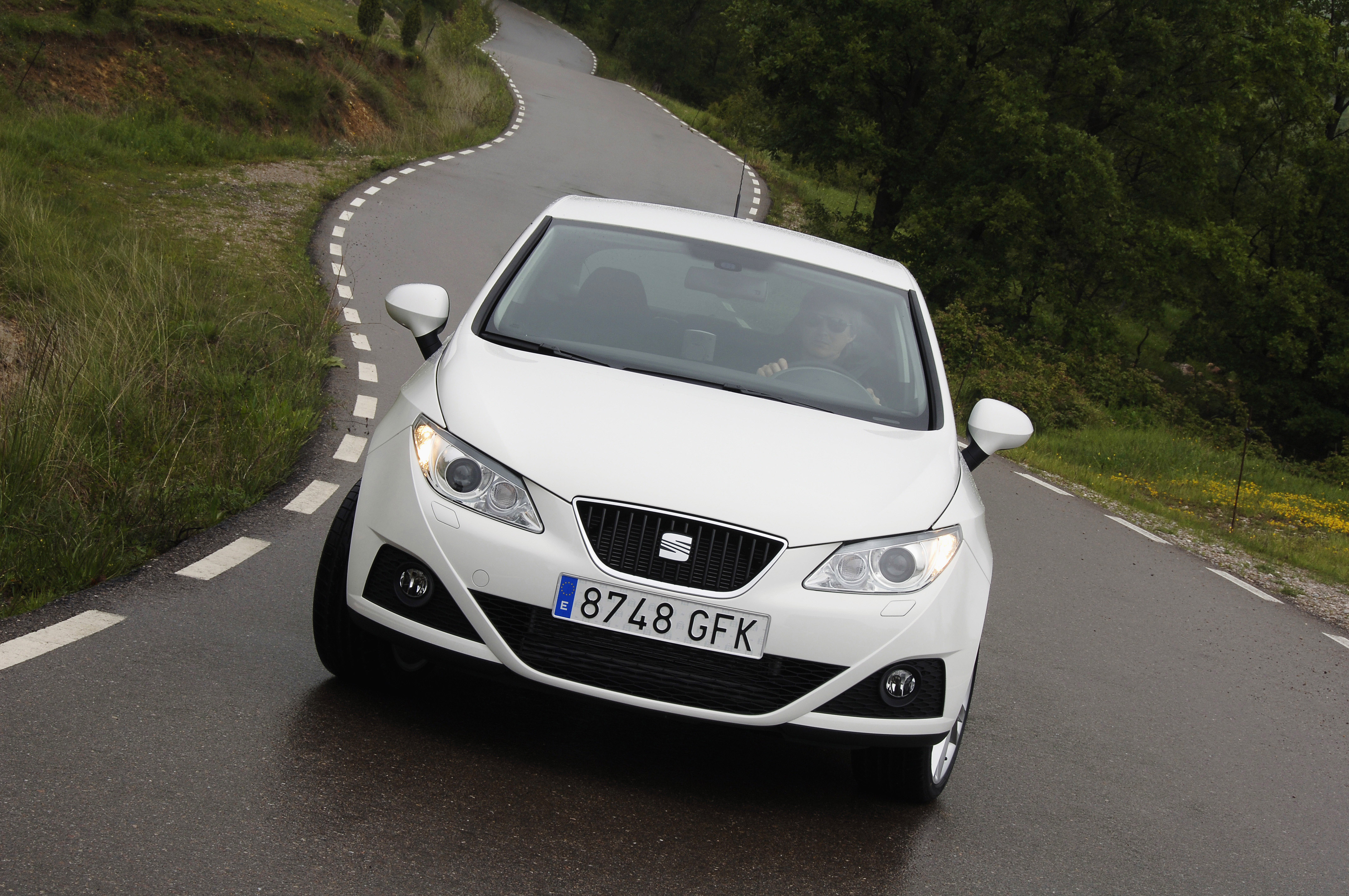 the seat ibiza 2009 car of the year by the readers. Black Bedroom Furniture Sets. Home Design Ideas