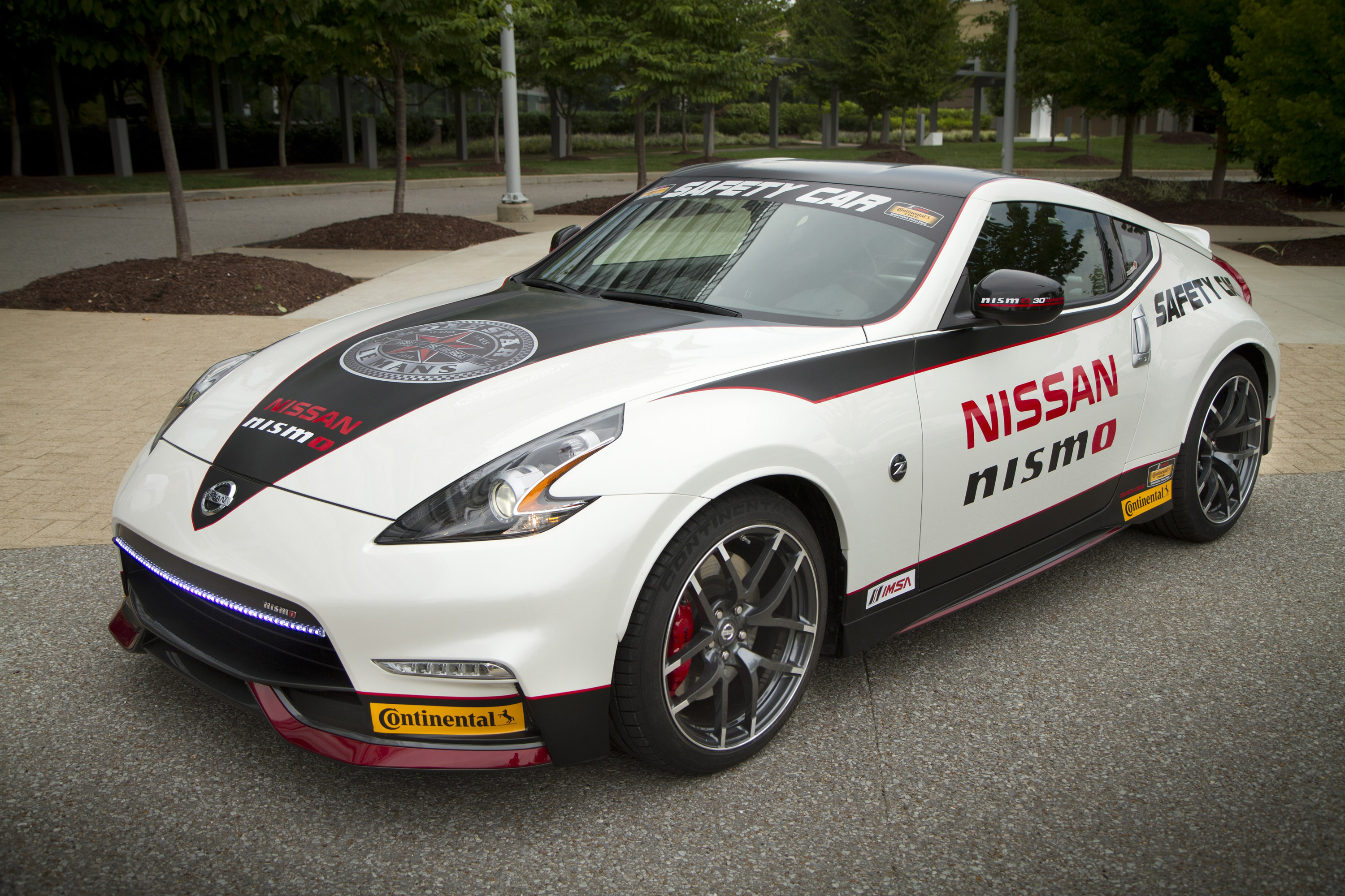 Nissan Rogue Accessories >> 2015 GT-R NISMO and 370Z NISMO Safety Car on Display at ...