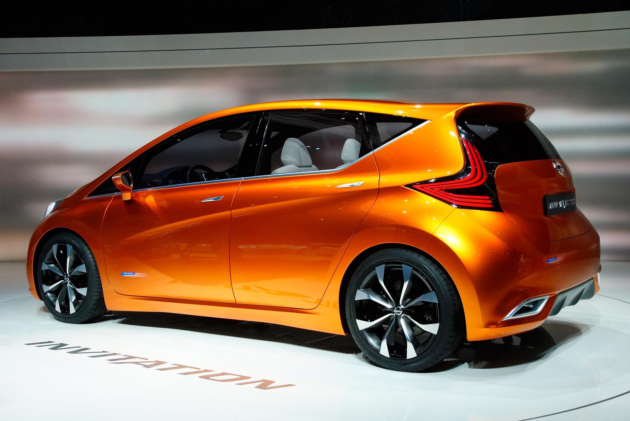 2012 Geneva Motor Show: Nissan Invitation Concept