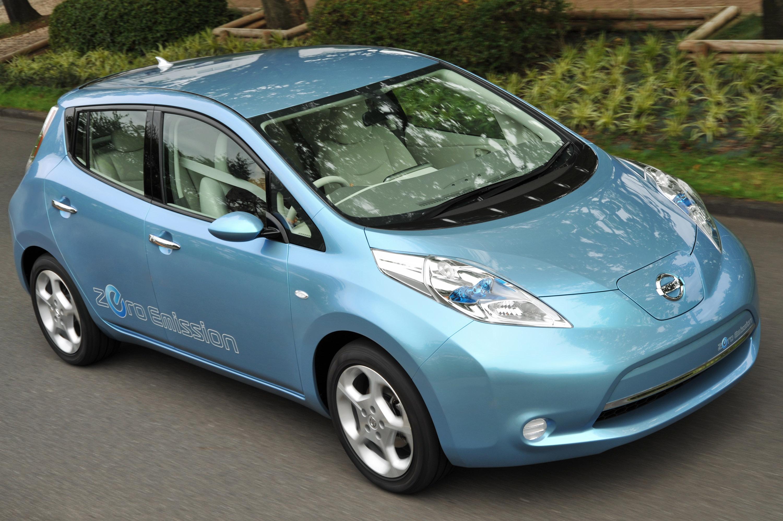 European price list of Nissan Leaf  Zeroemission vehicle