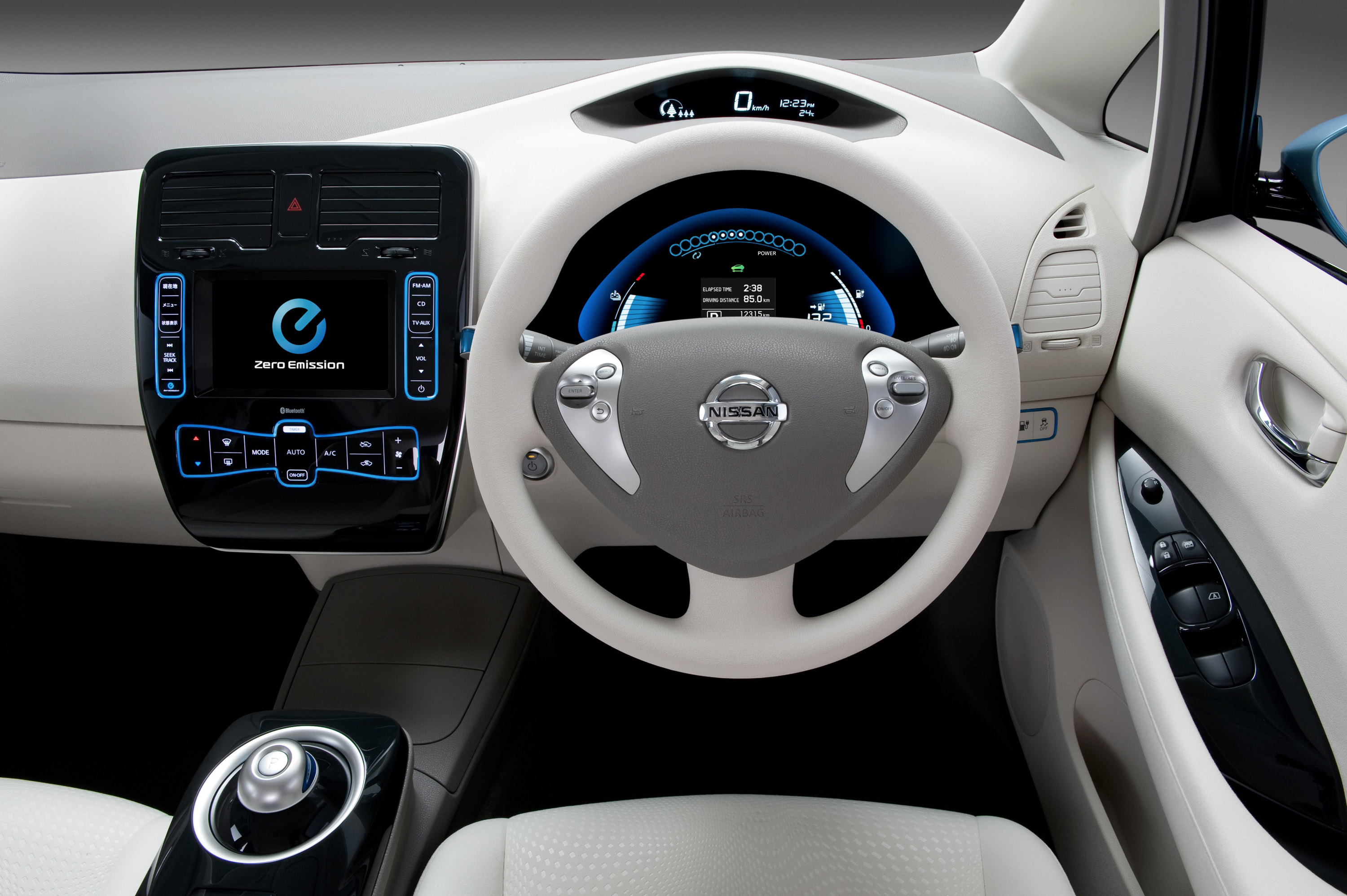 longer top deals new leaf drive prevnext the first range nissan car reviews kwh lease gear