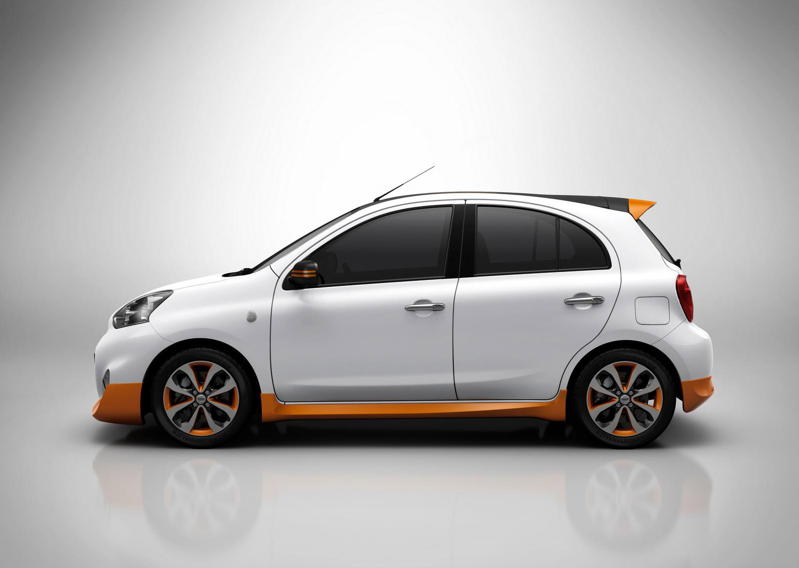Gold Body Kit Micra Is Called Nissan March Rio 2016