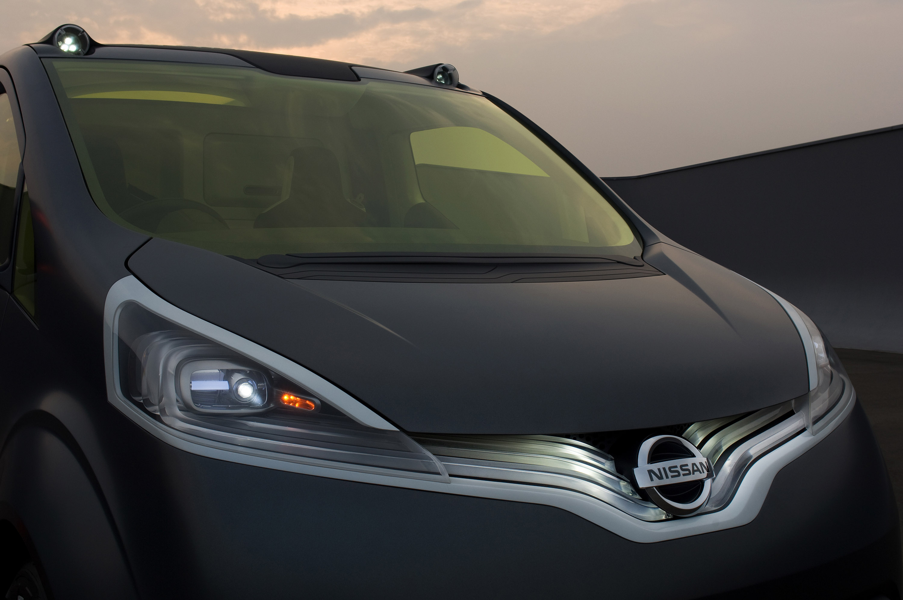"""Nissan Passenger Van >> Nissan NV200 Concept Brings """"Human Touch"""" And ..."""