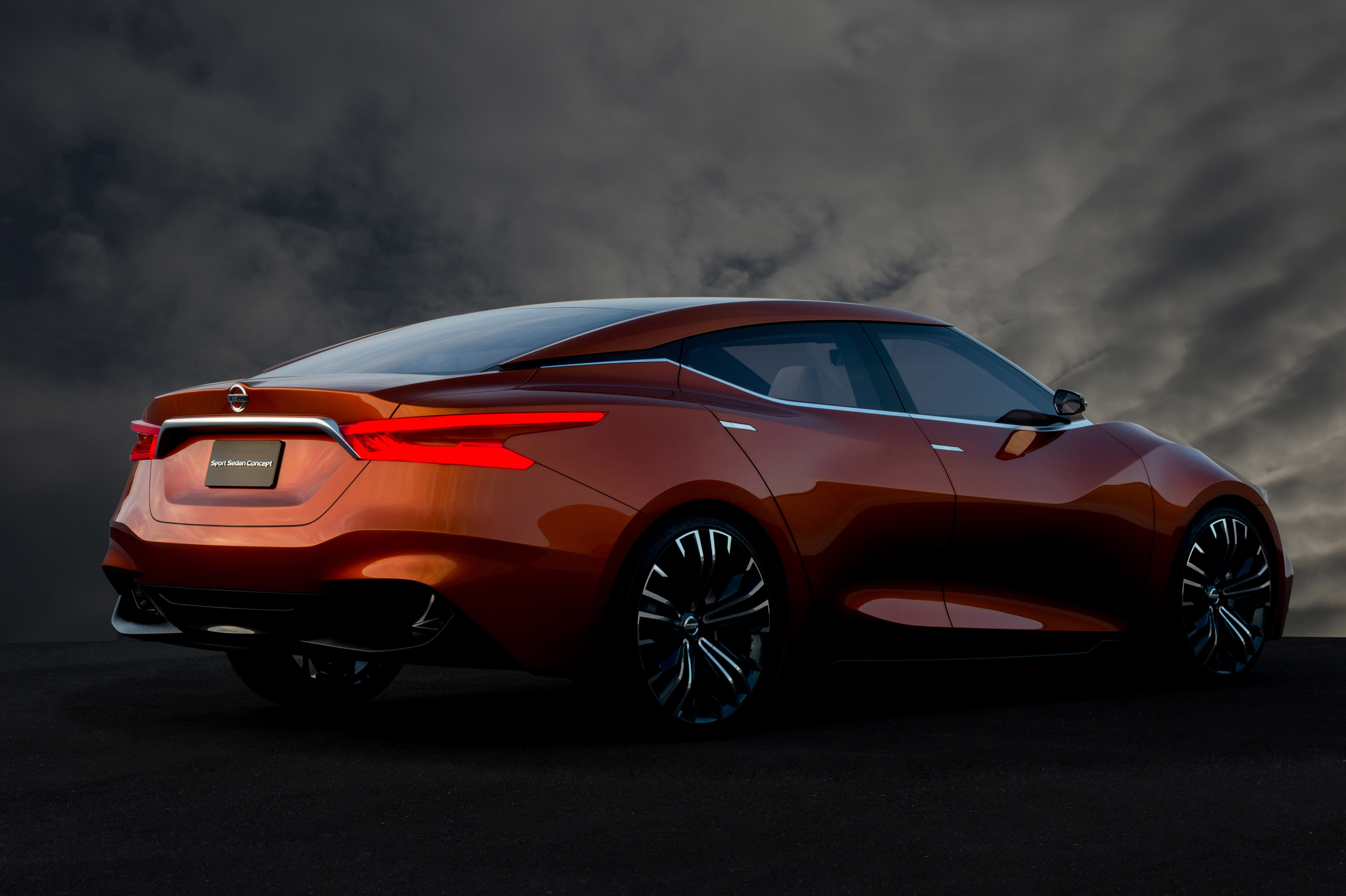 Nissan Sports Car >> Nissan Sport Sedan Concept Previews The Future 2015 Maxima