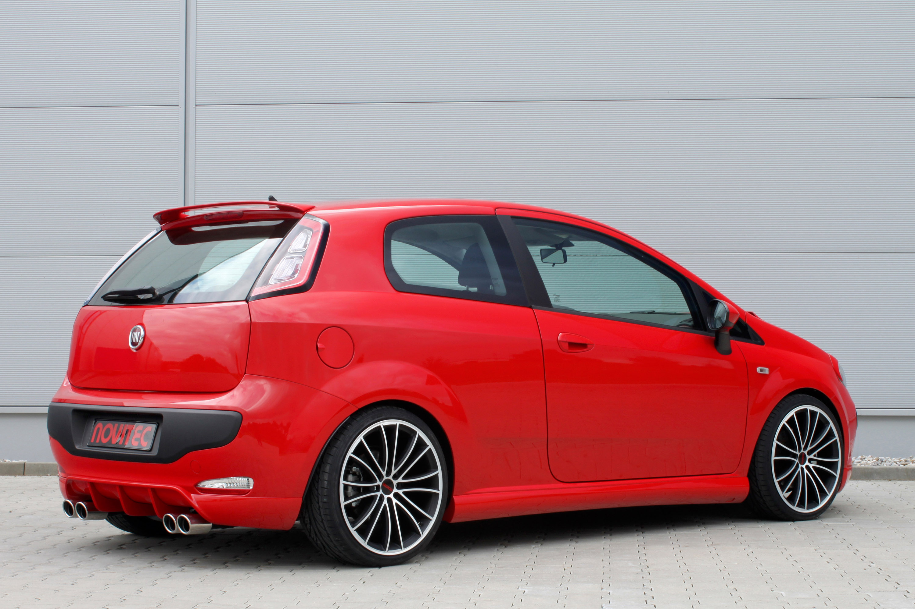 novitec releases an extensive program for the fiat punto evo. Black Bedroom Furniture Sets. Home Design Ideas