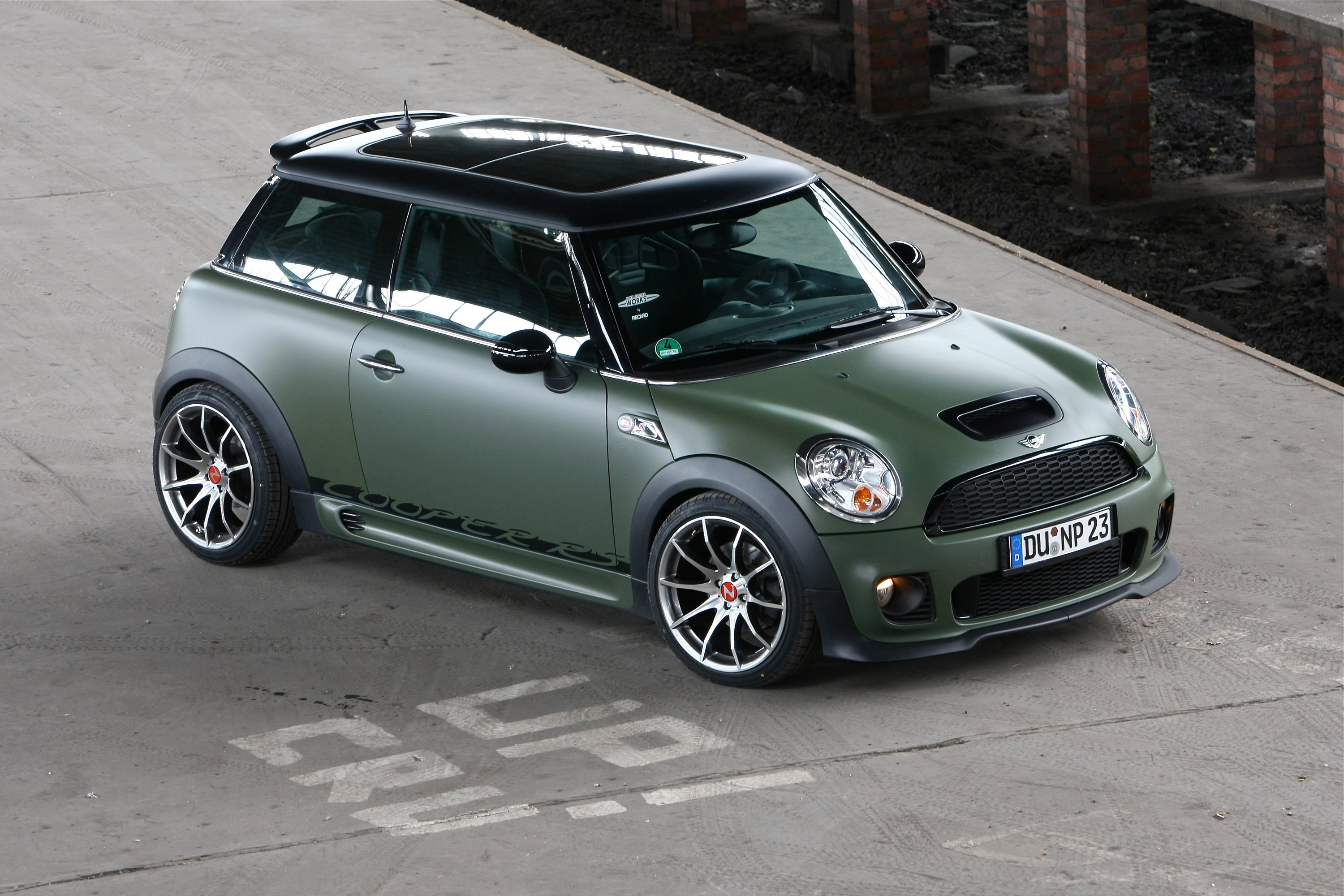 nowack motors boosts the mini cooper s and jcw. Black Bedroom Furniture Sets. Home Design Ideas