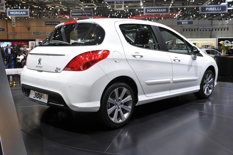 Peugeot 308 Geneva 2011 Picture 50381