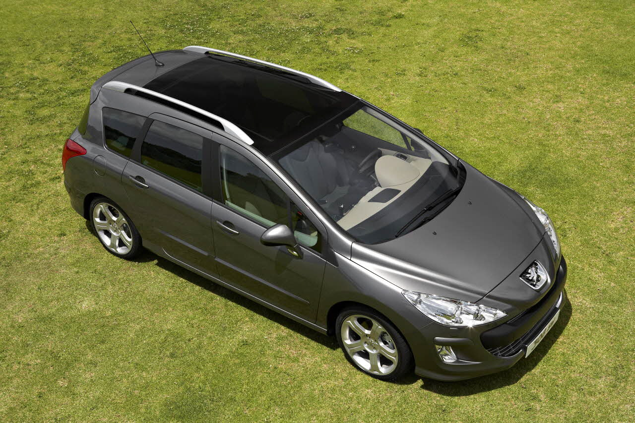 peugeot 308 sr tuned to the needs of the business driver. Black Bedroom Furniture Sets. Home Design Ideas