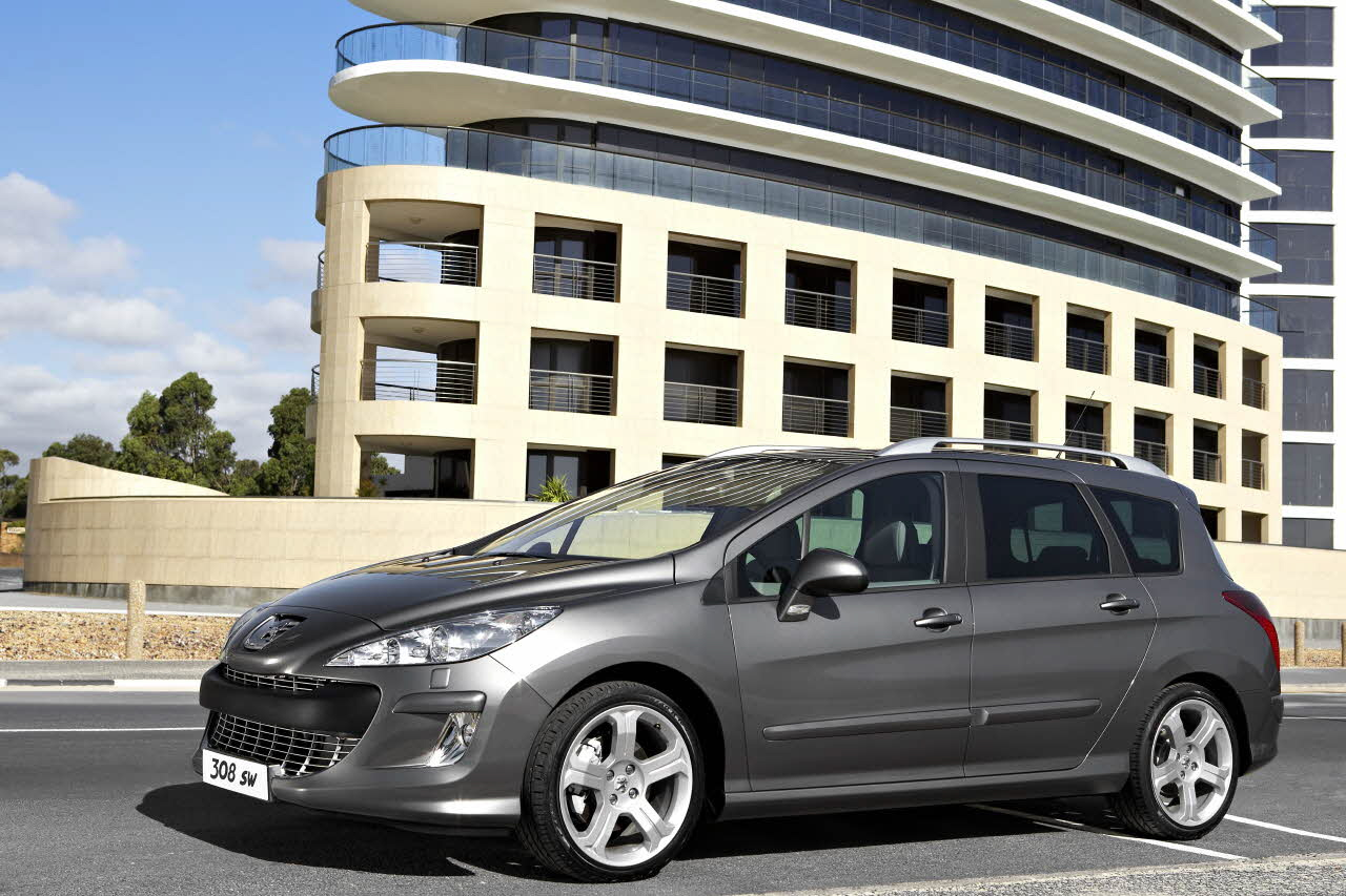 Peugeot 308 SR - tuned to the needs of the business driver