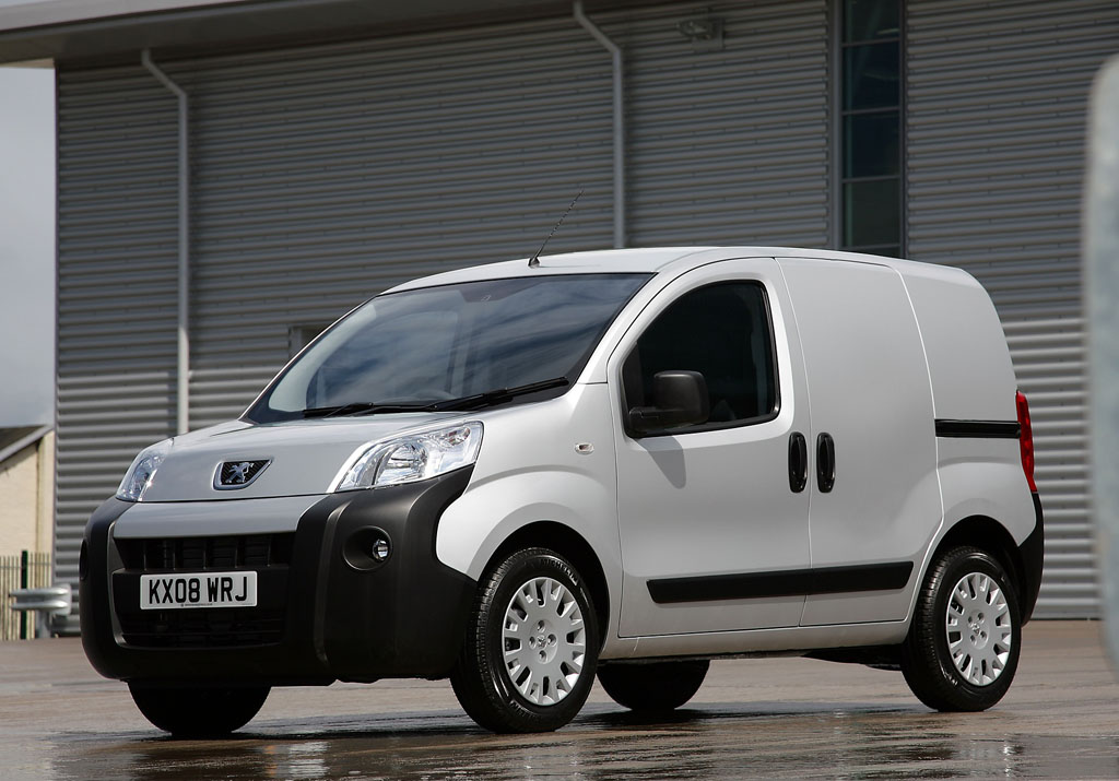 peugeot bipper van is awarded fleet world s best van of the year accolade. Black Bedroom Furniture Sets. Home Design Ideas
