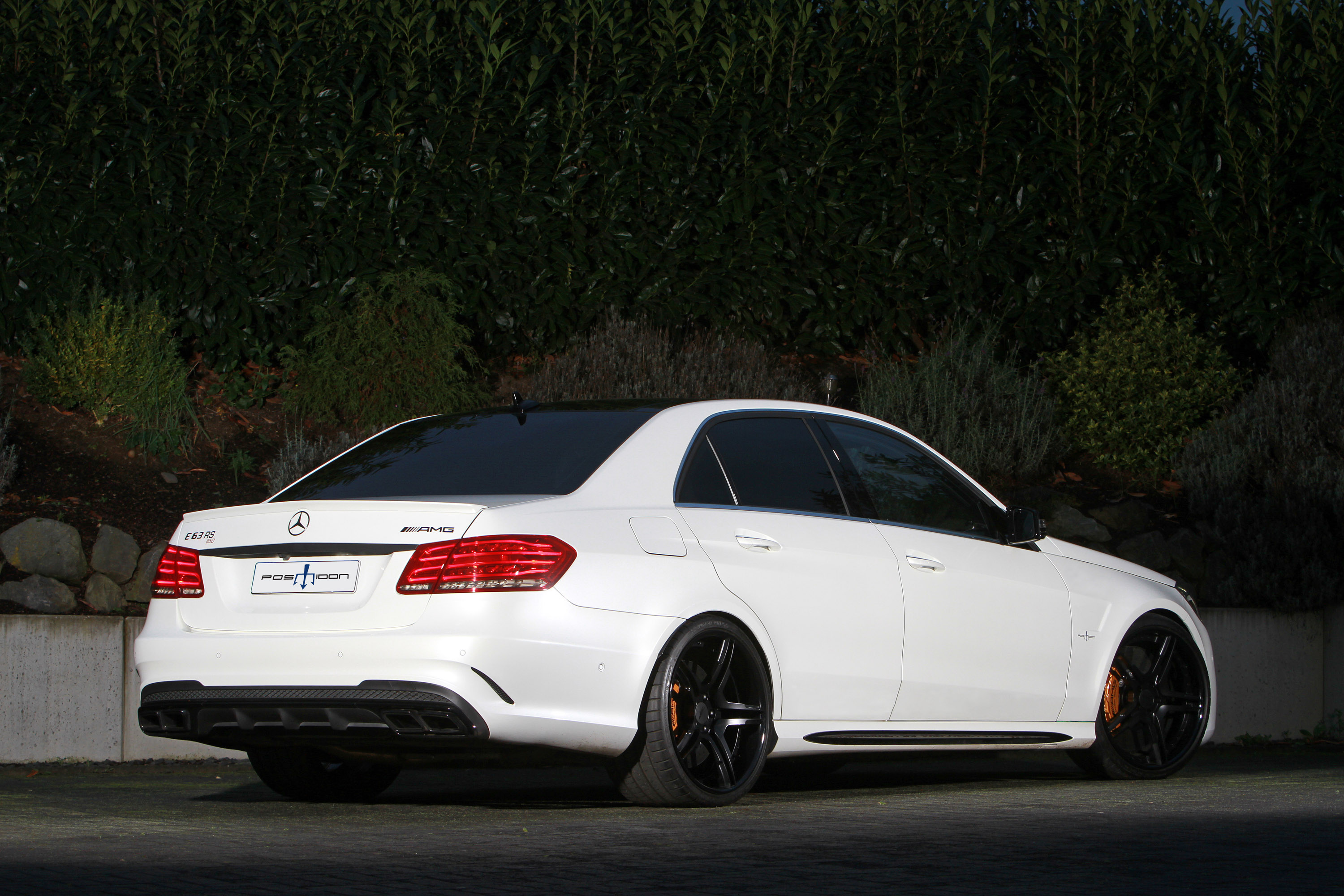 Posaidon Mercedes Benz E63 Amg Rs 850 Picture 114025