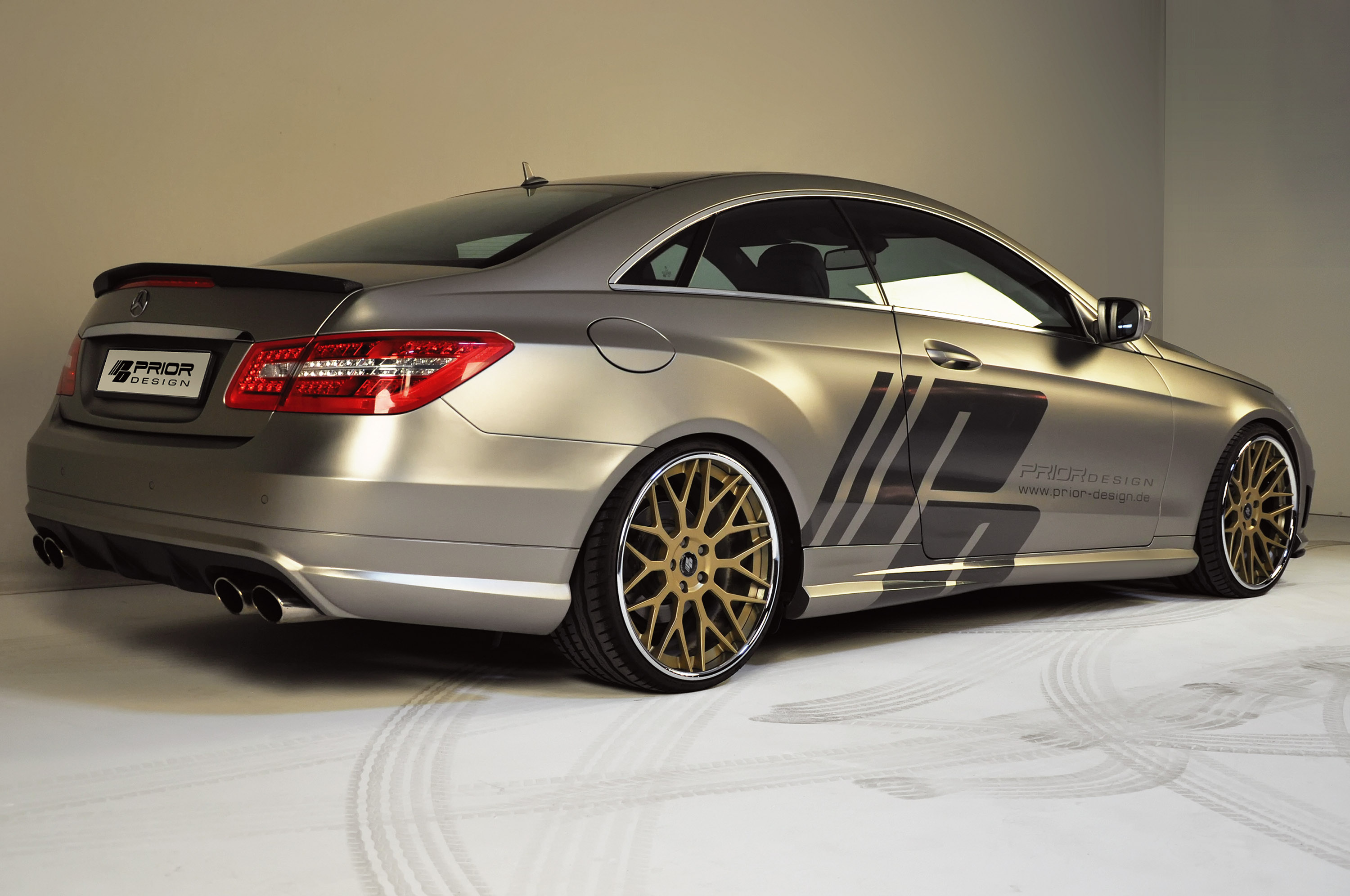 prior design mercedes e class coupe c207. Black Bedroom Furniture Sets. Home Design Ideas