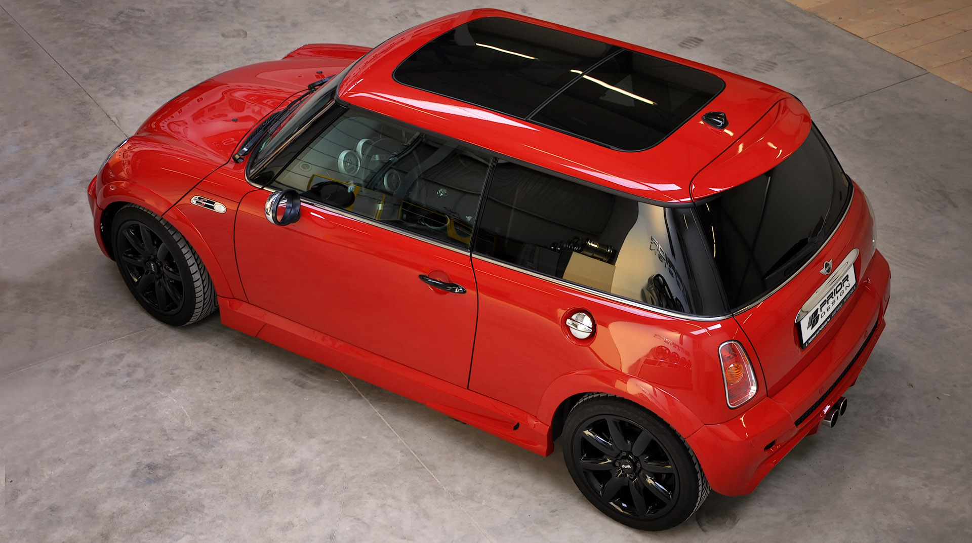 Wow Mini Cooper Nop Its a Kelisa with custom design Mini cooper