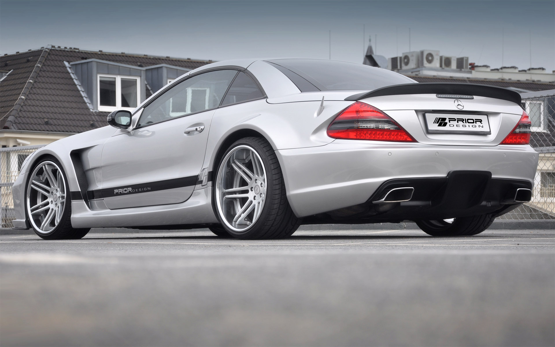 Latest prior mercedes sl black edition for Mercedes benz design