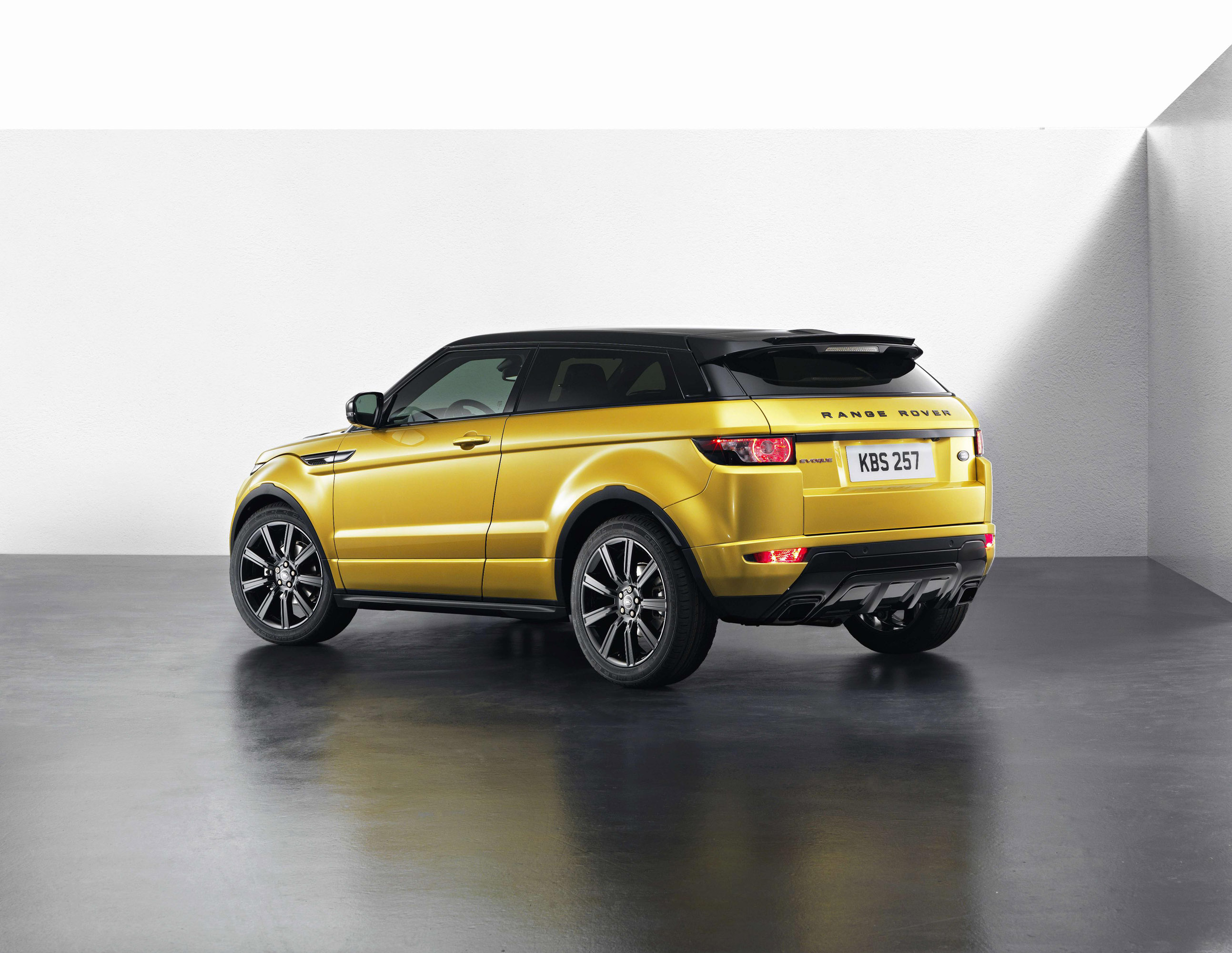an edition of the rover The design of the range rover evoque radically altered the way the world viewed suvs with the landmark edition, the story has evolved even further.