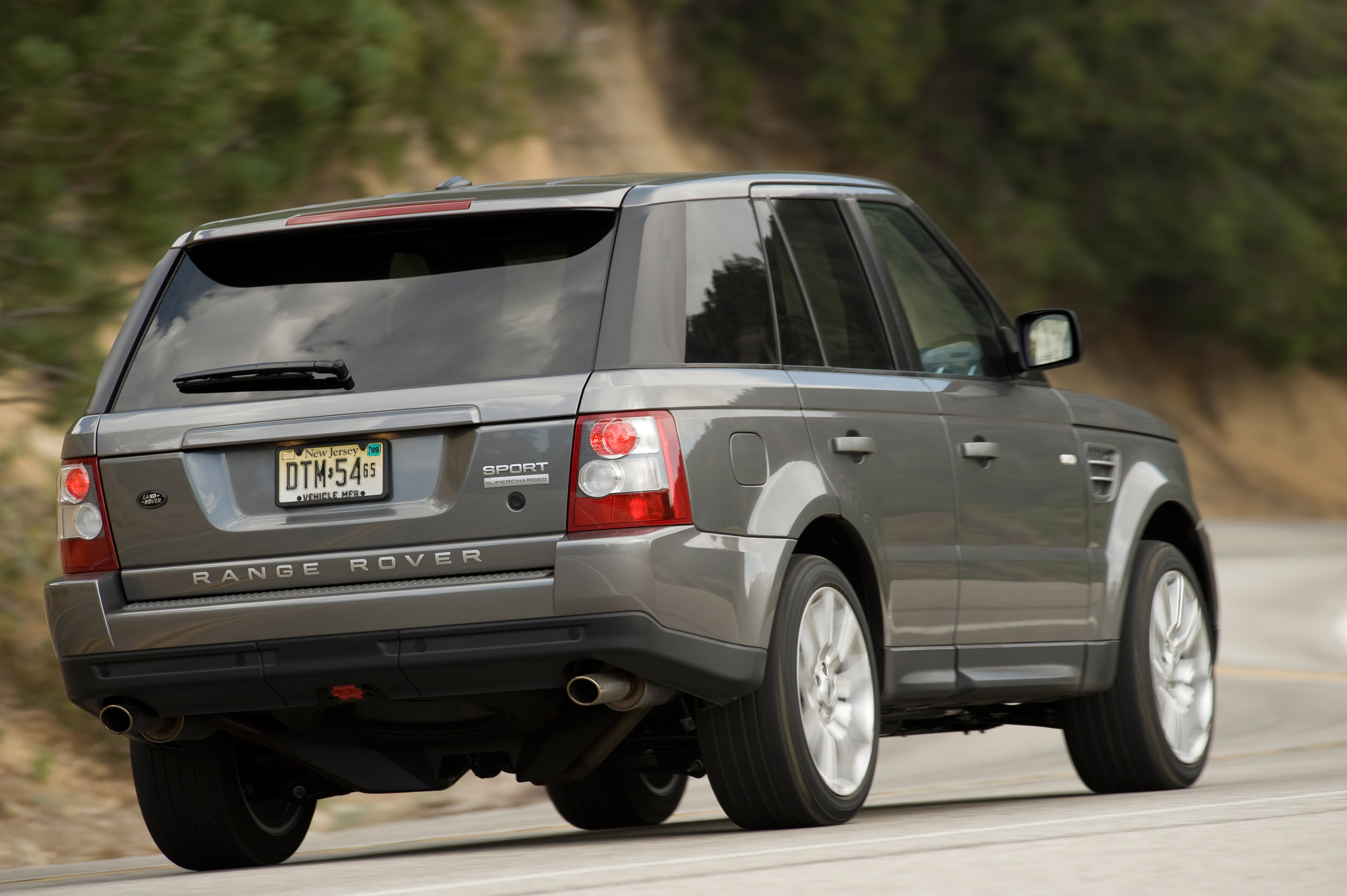 2009 range rover sport specifications and features. Black Bedroom Furniture Sets. Home Design Ideas