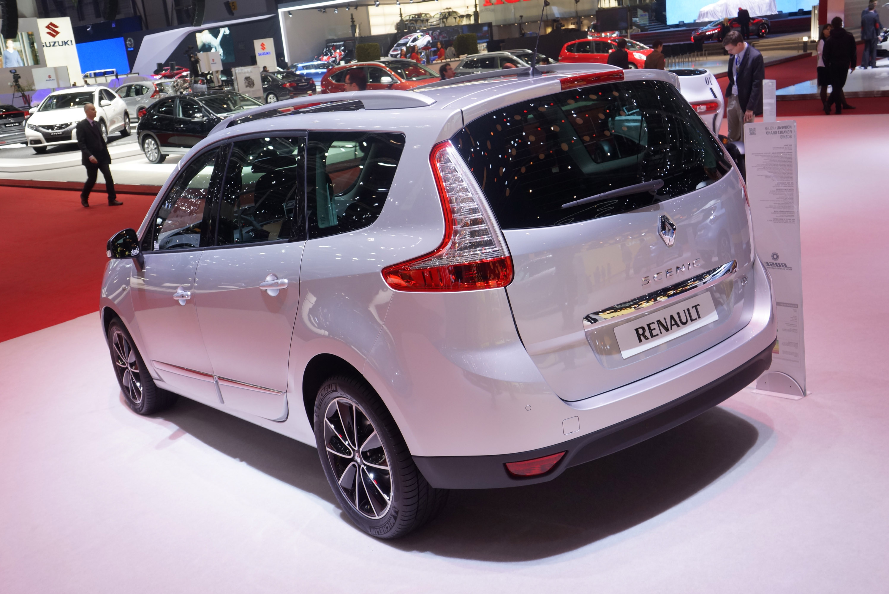 renault grand scenic 2015 specs specs price release. Black Bedroom Furniture Sets. Home Design Ideas
