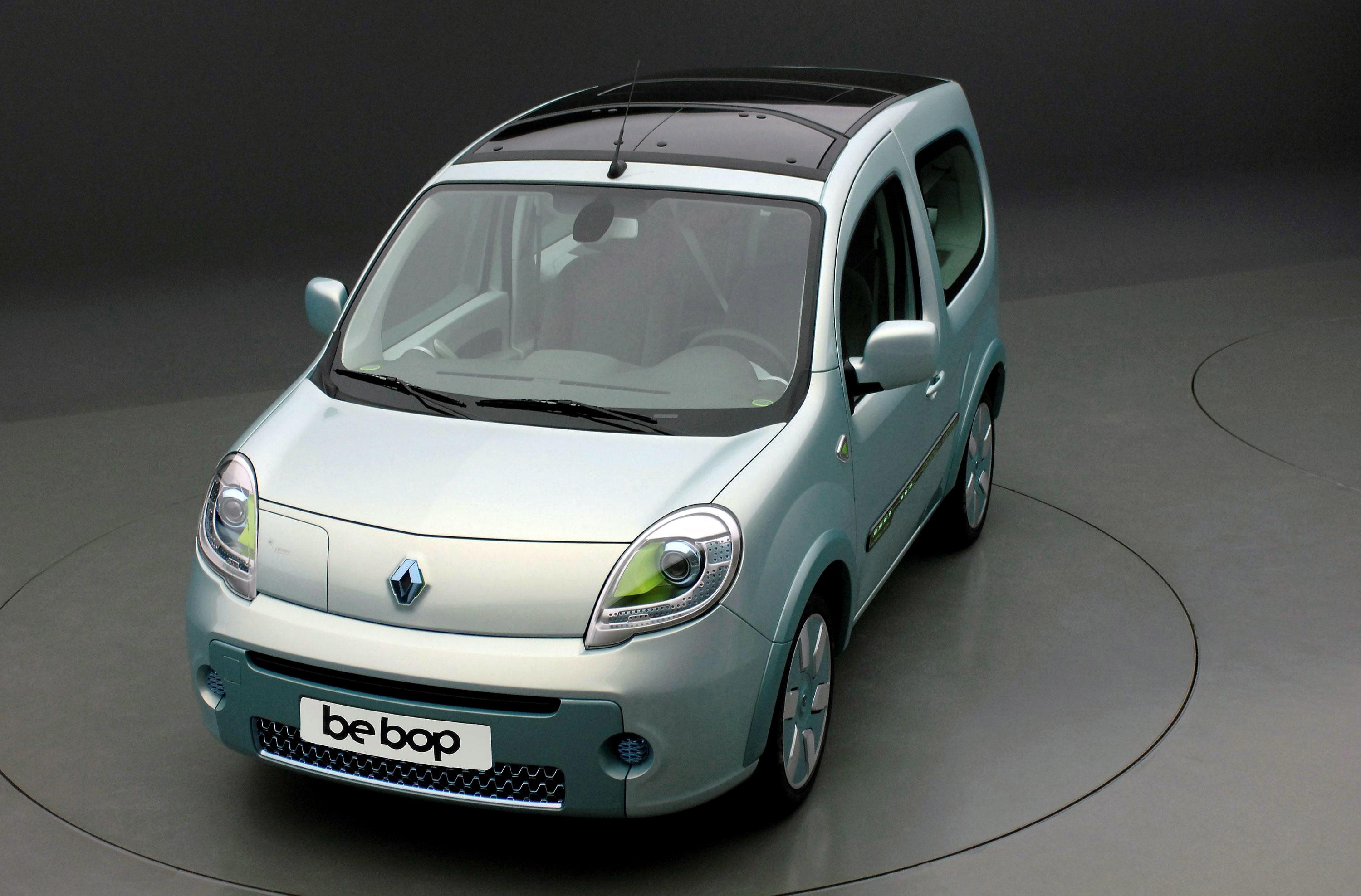 renault unveils z e zero emission electric vehicle. Black Bedroom Furniture Sets. Home Design Ideas