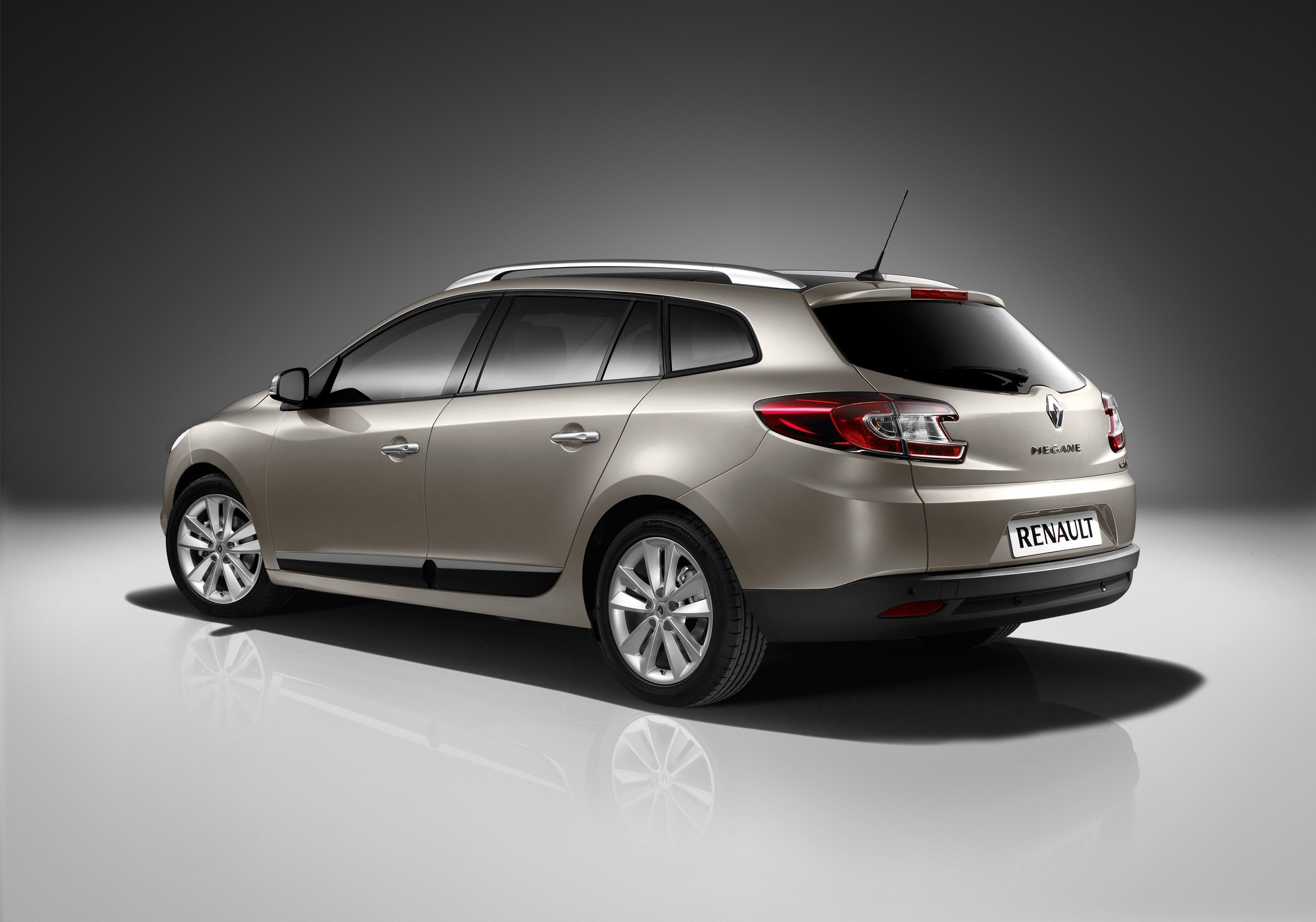 renault megane sport tourer pricing announced. Black Bedroom Furniture Sets. Home Design Ideas