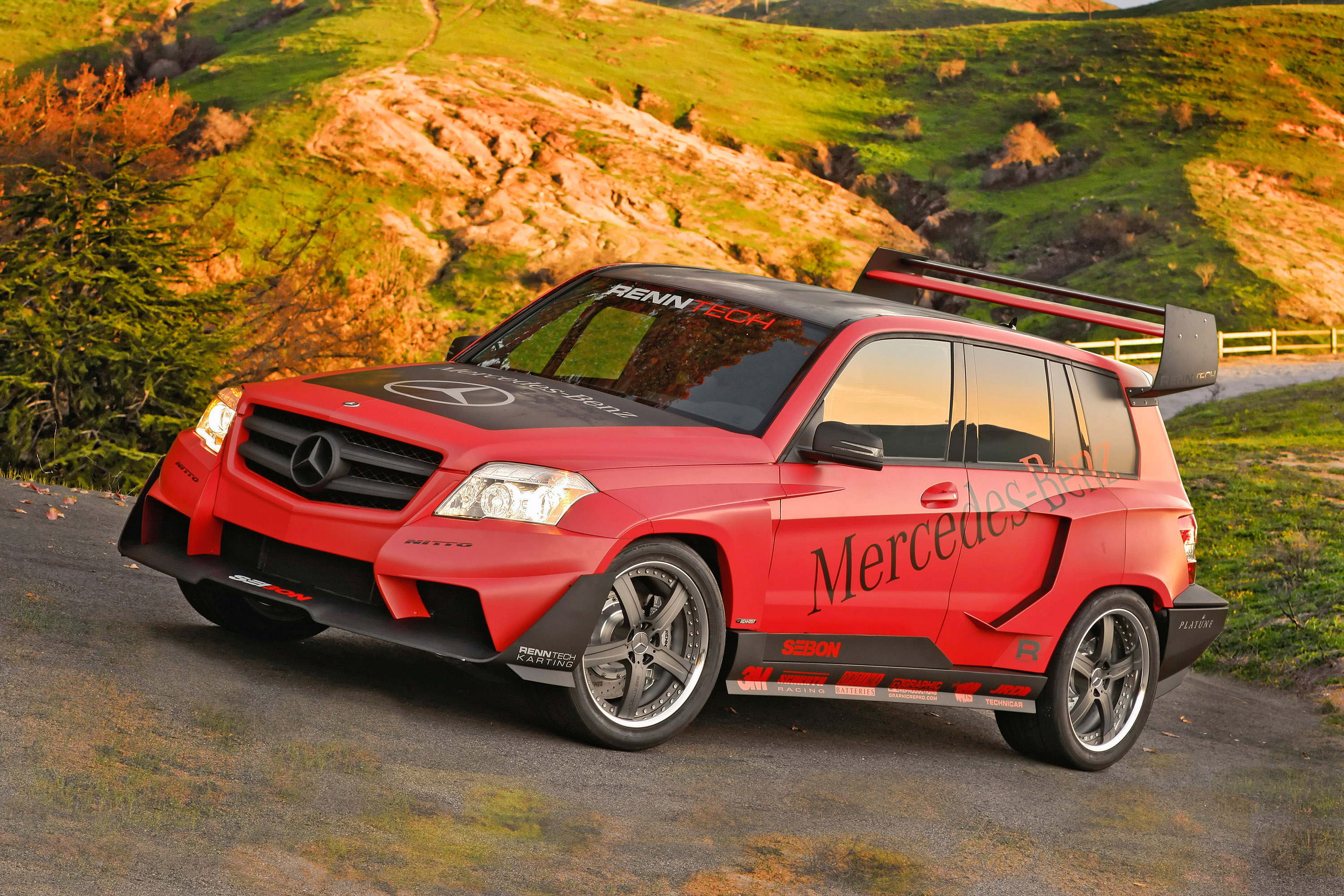 Mercedes benz tuner challenge at sema 2008 the glk in las for Rally mercedes benz
