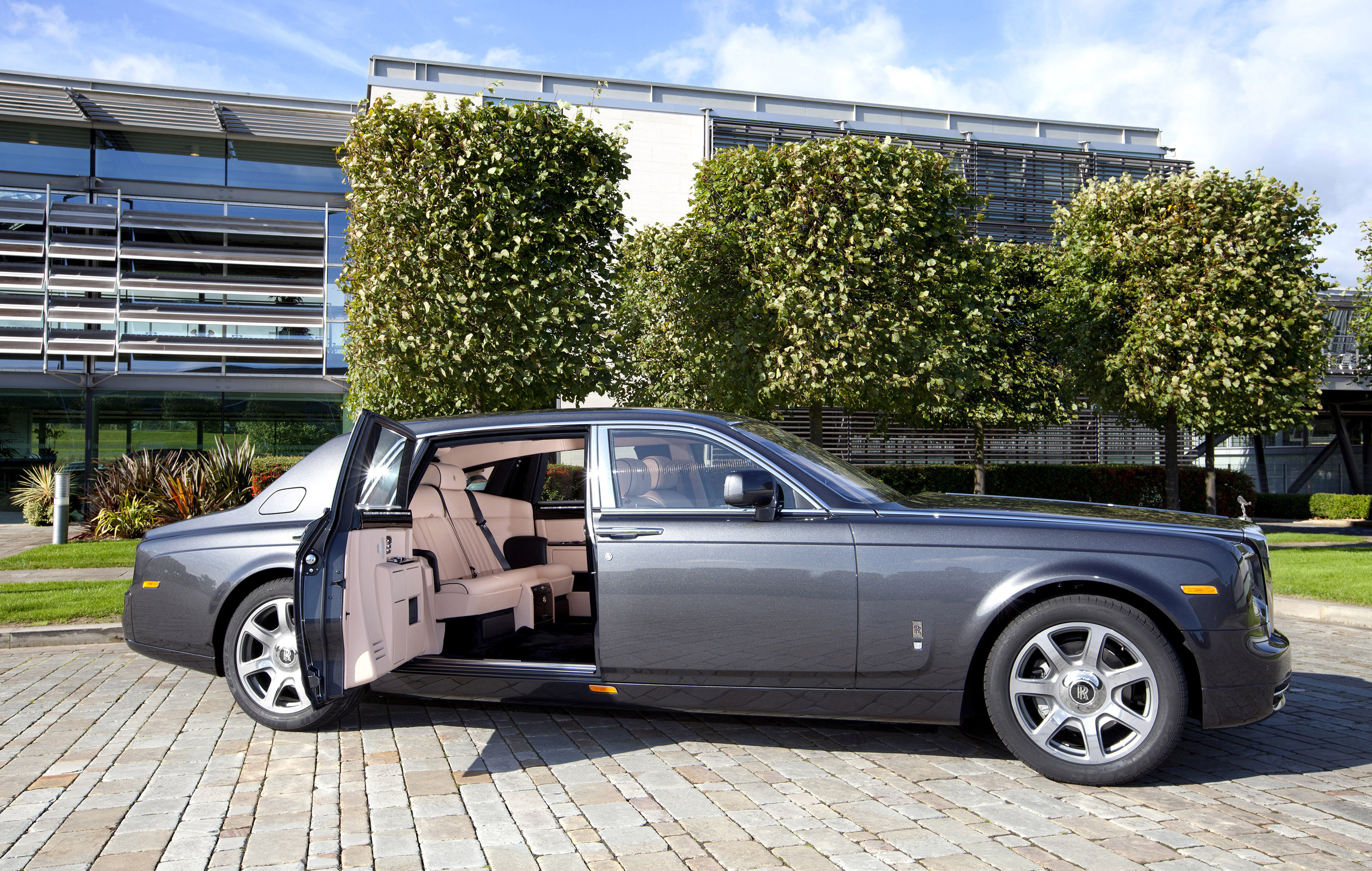 Rolls Royce Phantom Extended Wheelbase Picture 42532
