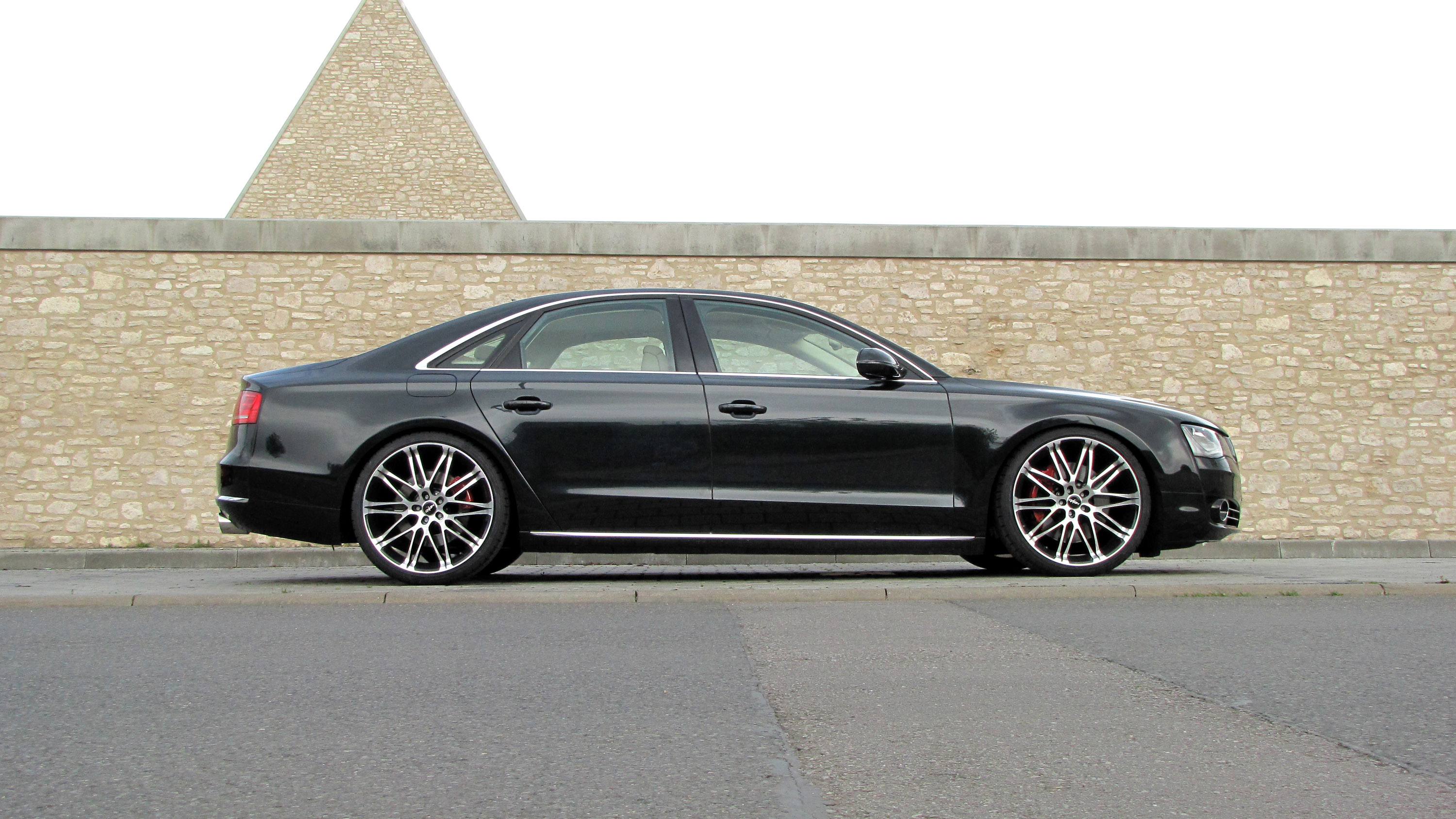 Senner Tuning Gives Audi A8 Additional 76 Horsepower