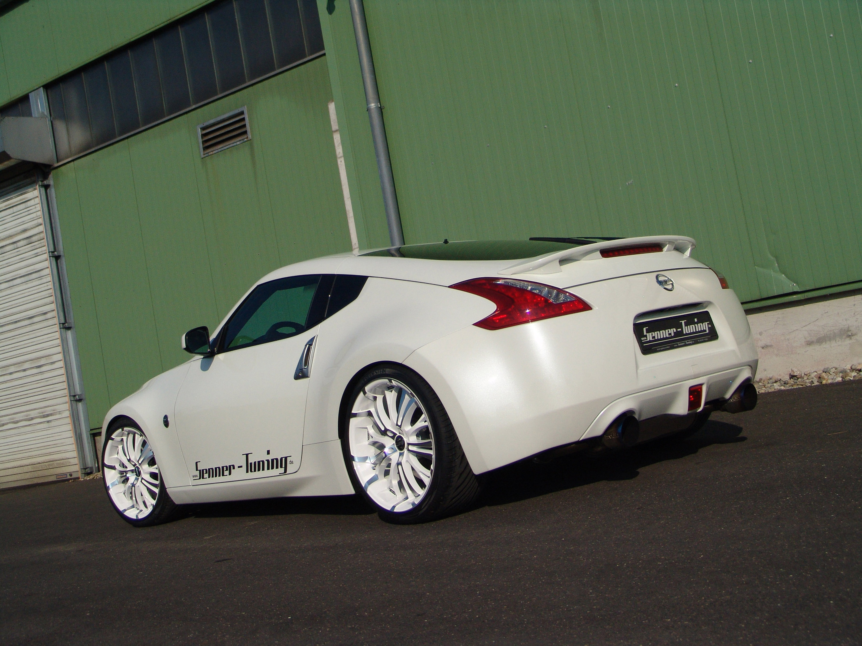 nissan 370z by senner tuning. Black Bedroom Furniture Sets. Home Design Ideas