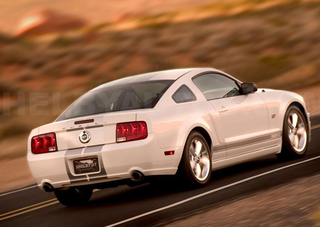 2007 ford mustang shelby gt. Black Bedroom Furniture Sets. Home Design Ideas