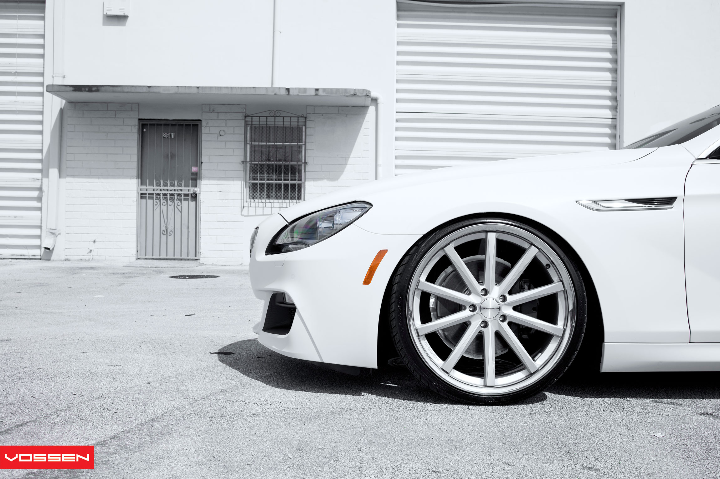 the white warrior  sr auto bmw 650i vossen vvs
