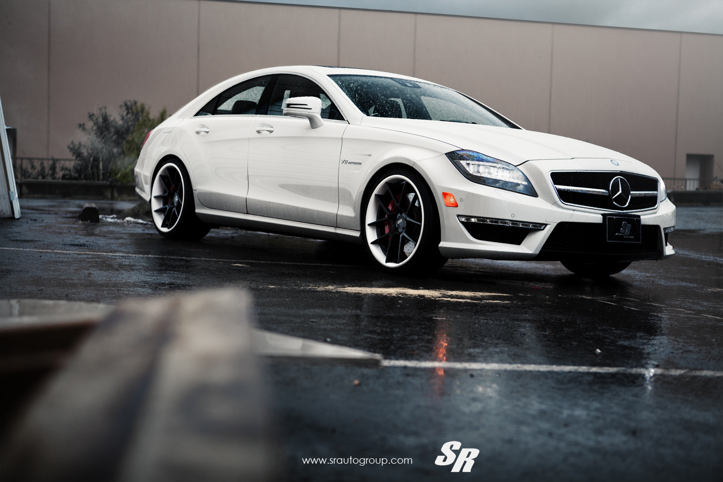 Sr auto mercedes benz cls63 amg equipped with adv 5 0 wheels for Mercedes benz cls63
