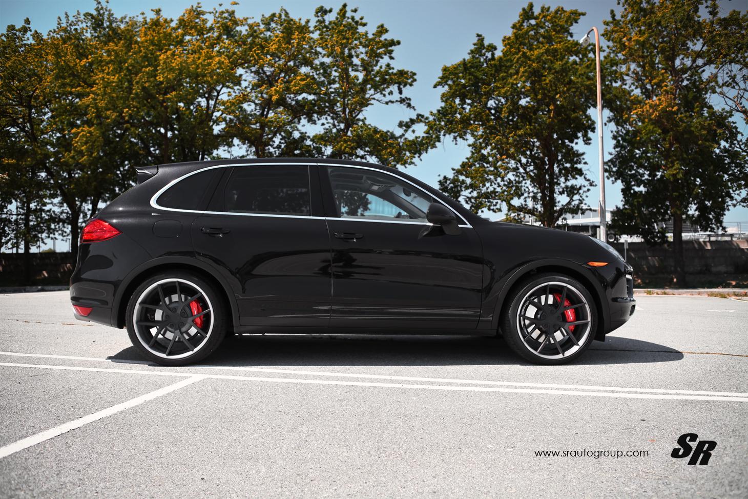 Sr Auto Porsche Cayenne With Pur Wheels