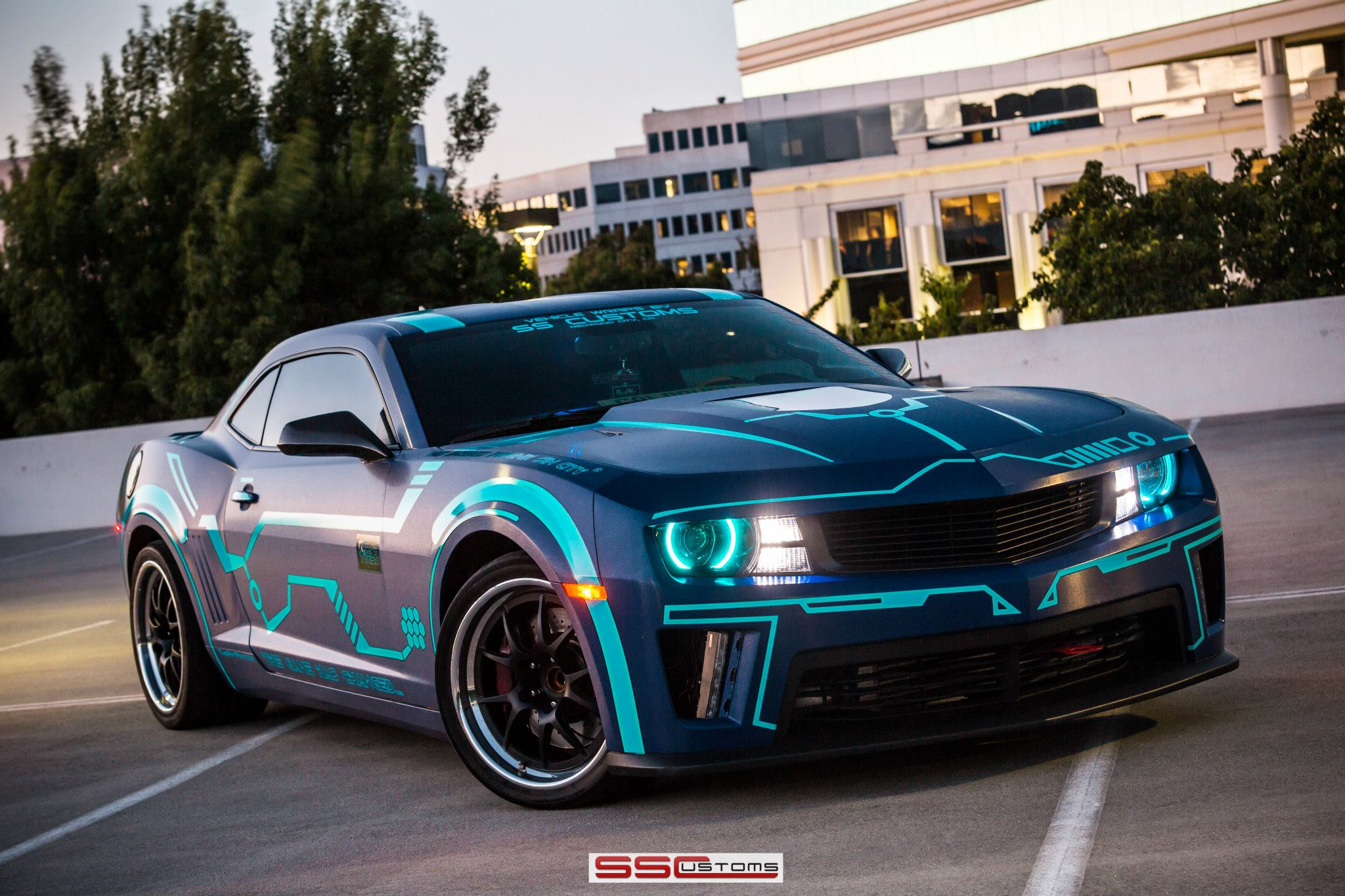 ss customs chevrolet camaro in a tron theme. Black Bedroom Furniture Sets. Home Design Ideas