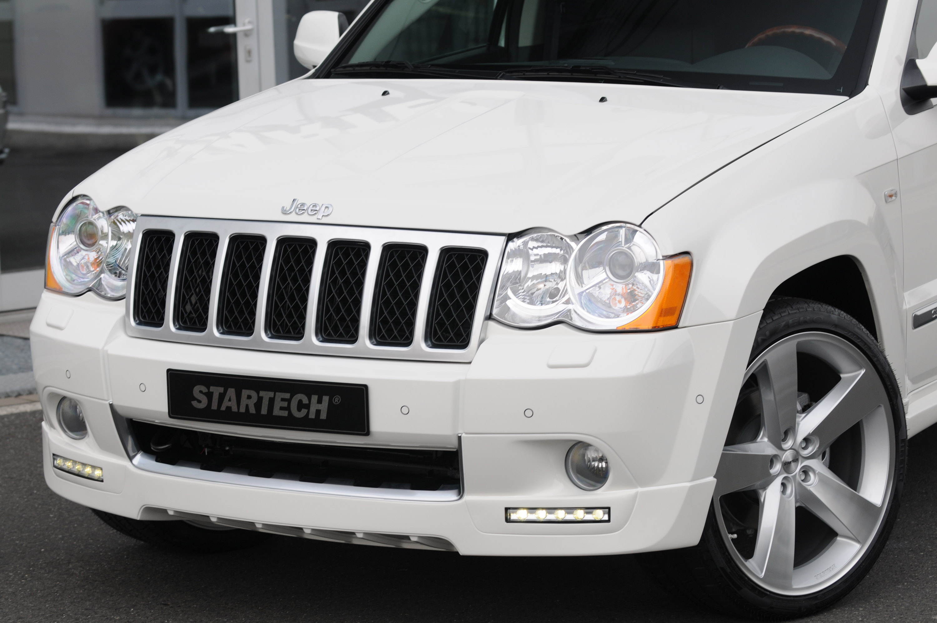 Jeep Models List >> STARTECH refines the Jeep Grand Cherokee